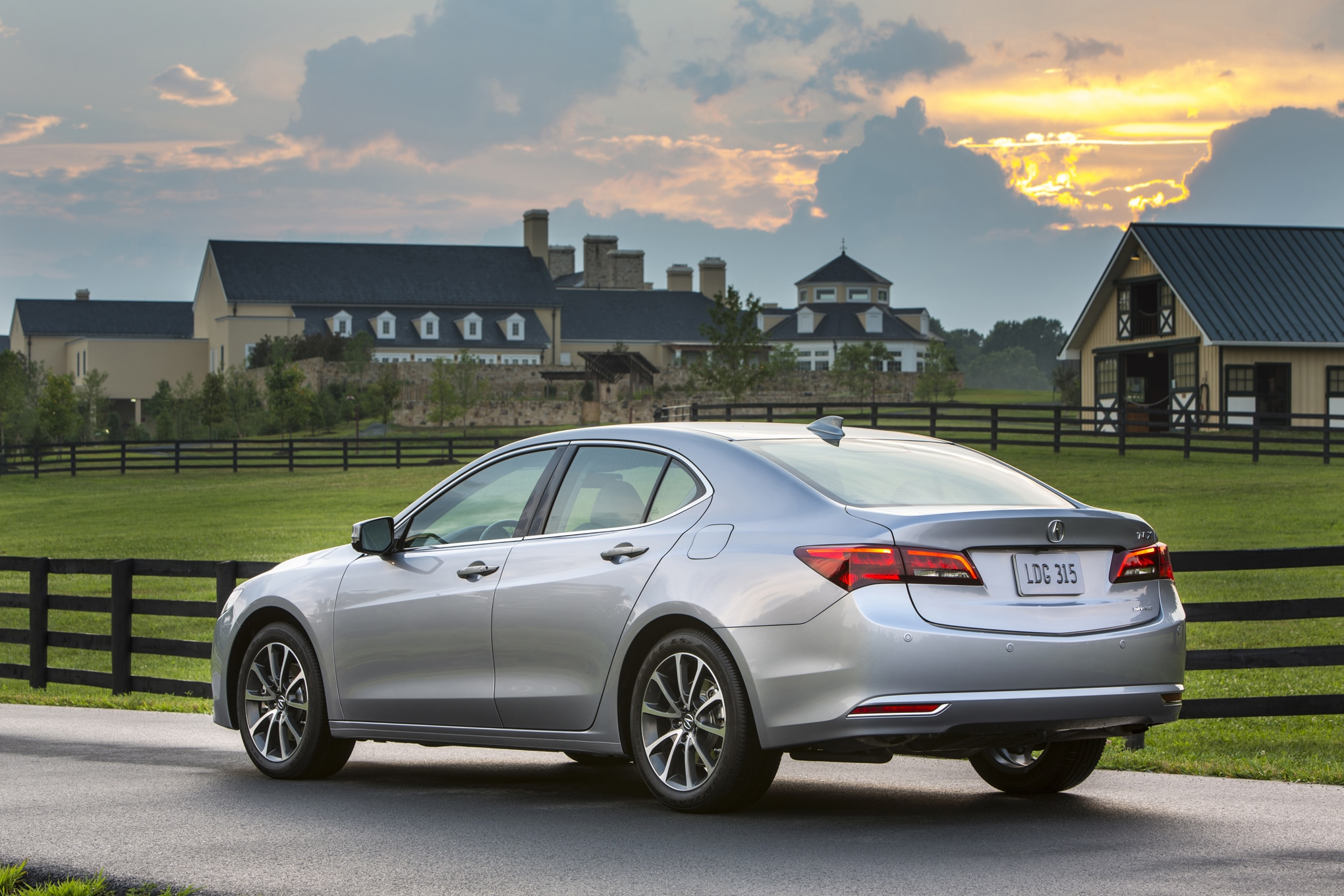 Stop Sale Issued For 2015 Acura Tlx V 6