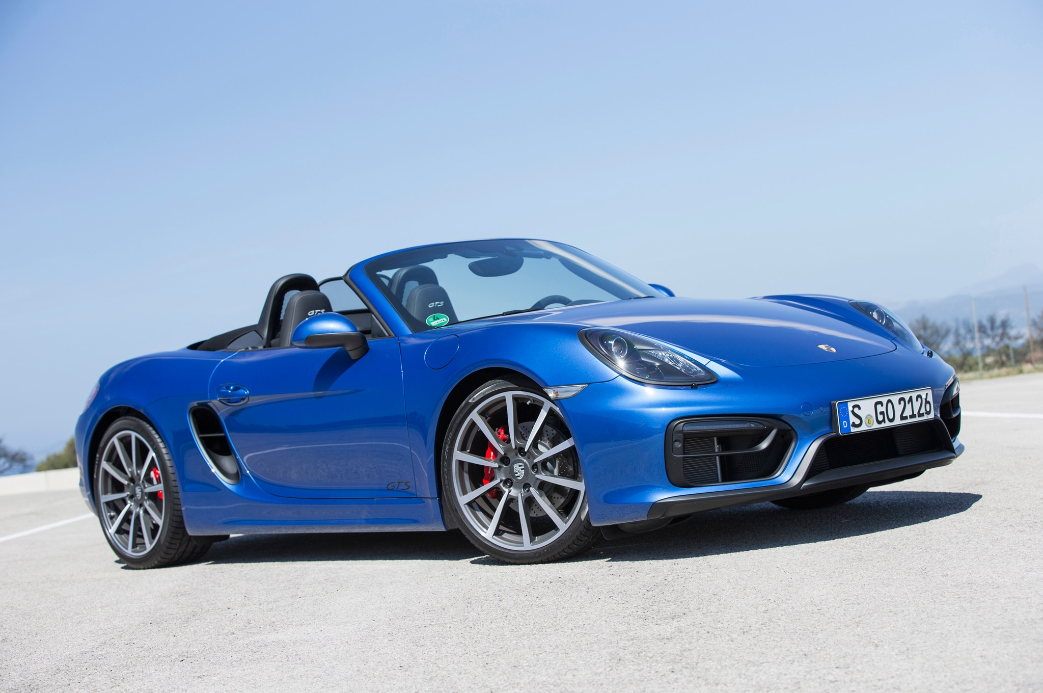 2015 Porsche Boxster GTS Front Three Quarter1