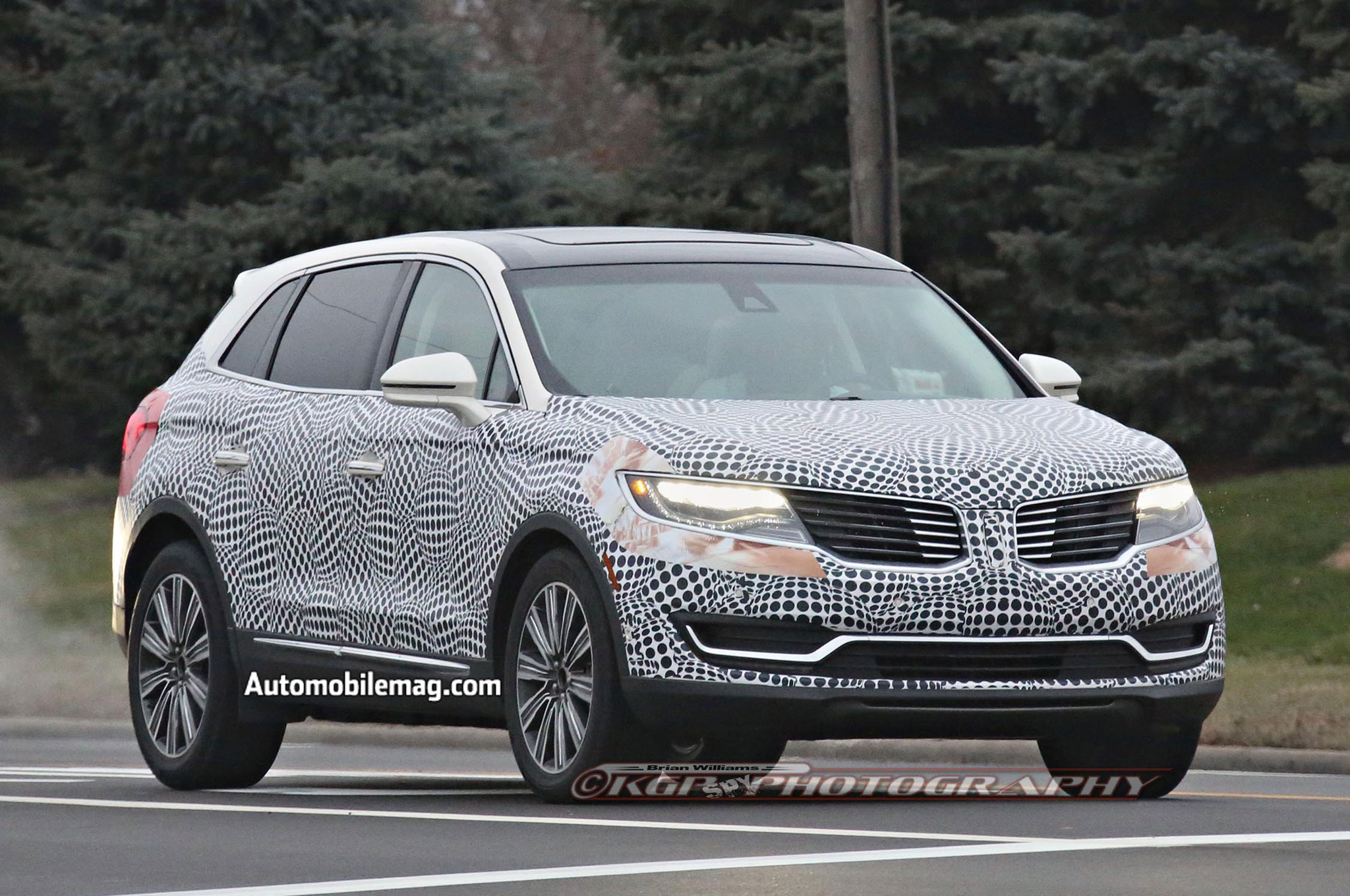 2016 lincoln mkx spied ahead of 2015 detroit auto show debut. Black Bedroom Furniture Sets. Home Design Ideas
