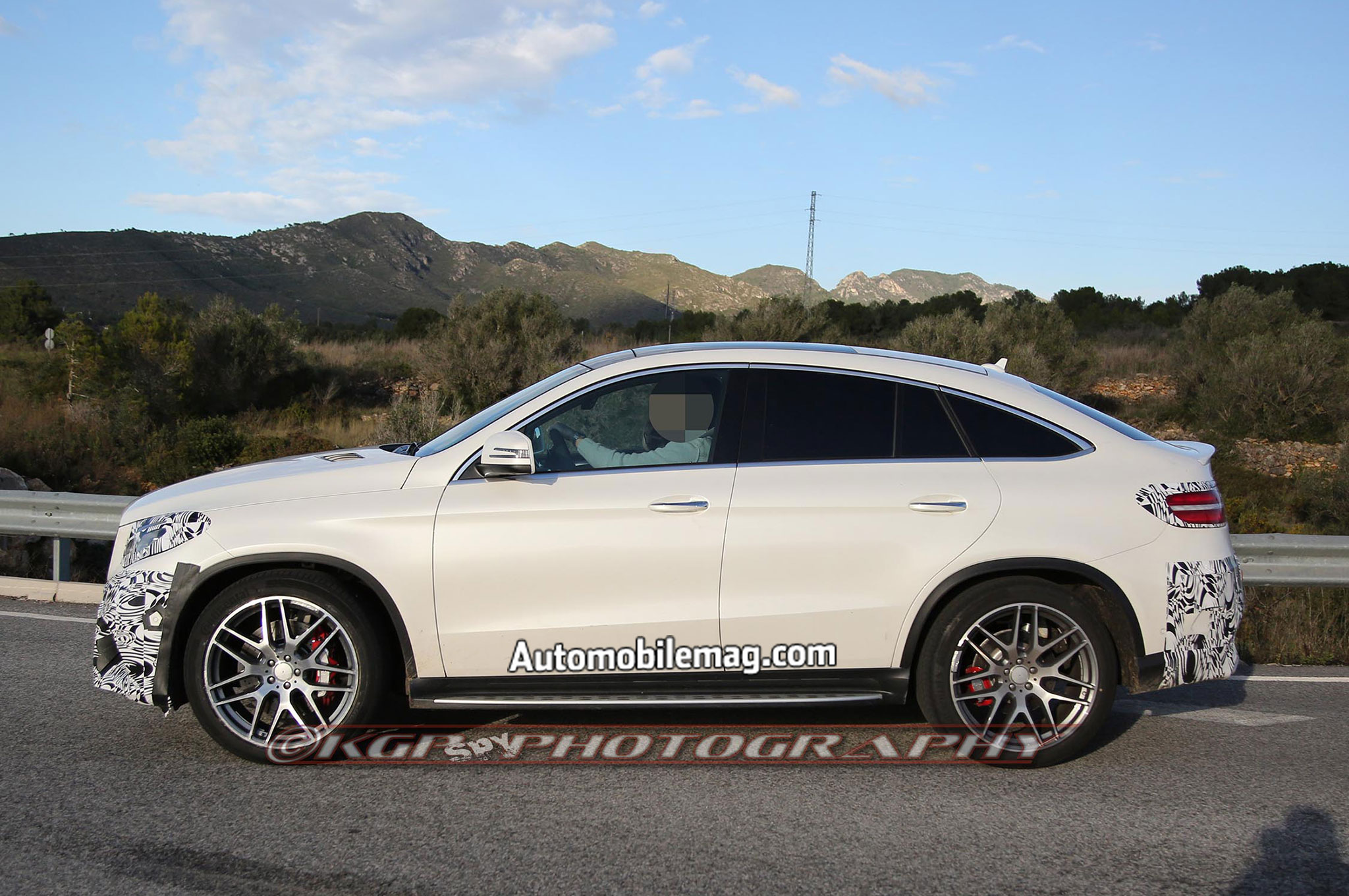 mercedes benz gle coupe spied undisguised. Black Bedroom Furniture Sets. Home Design Ideas