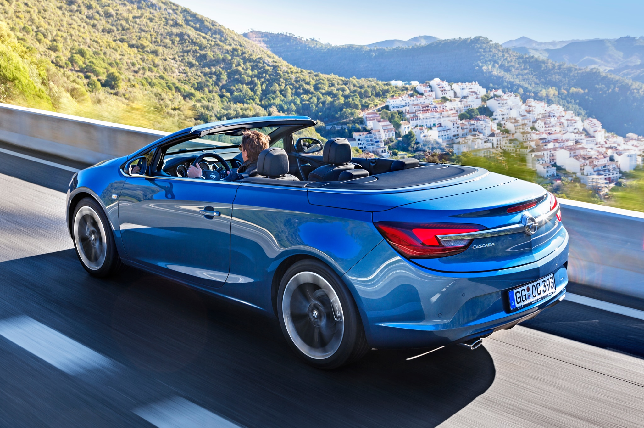 Opel Cascada Left Rear Angle1