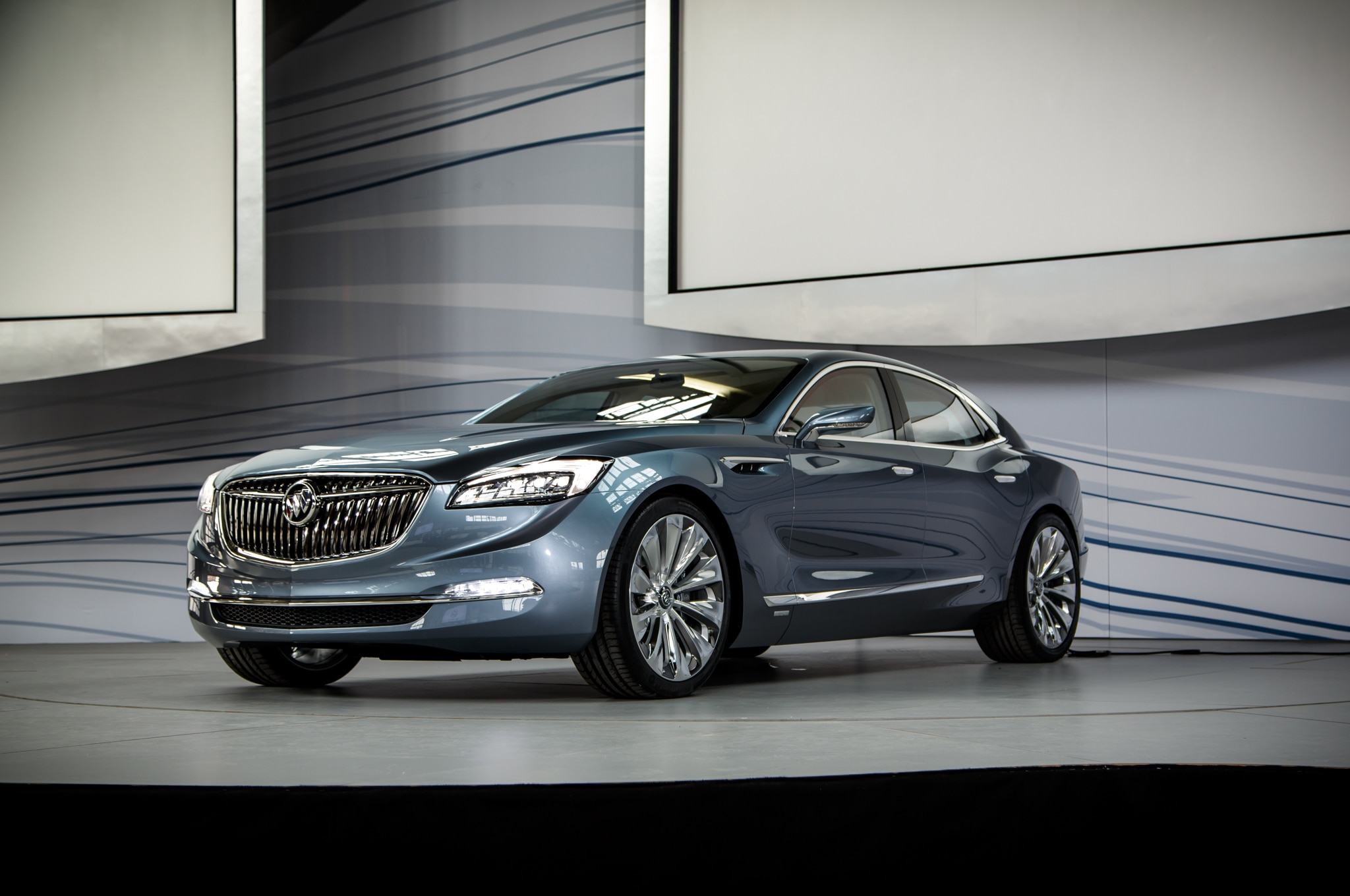 buick shocks detroit with rear wheel drive avenir concept. Black Bedroom Furniture Sets. Home Design Ideas