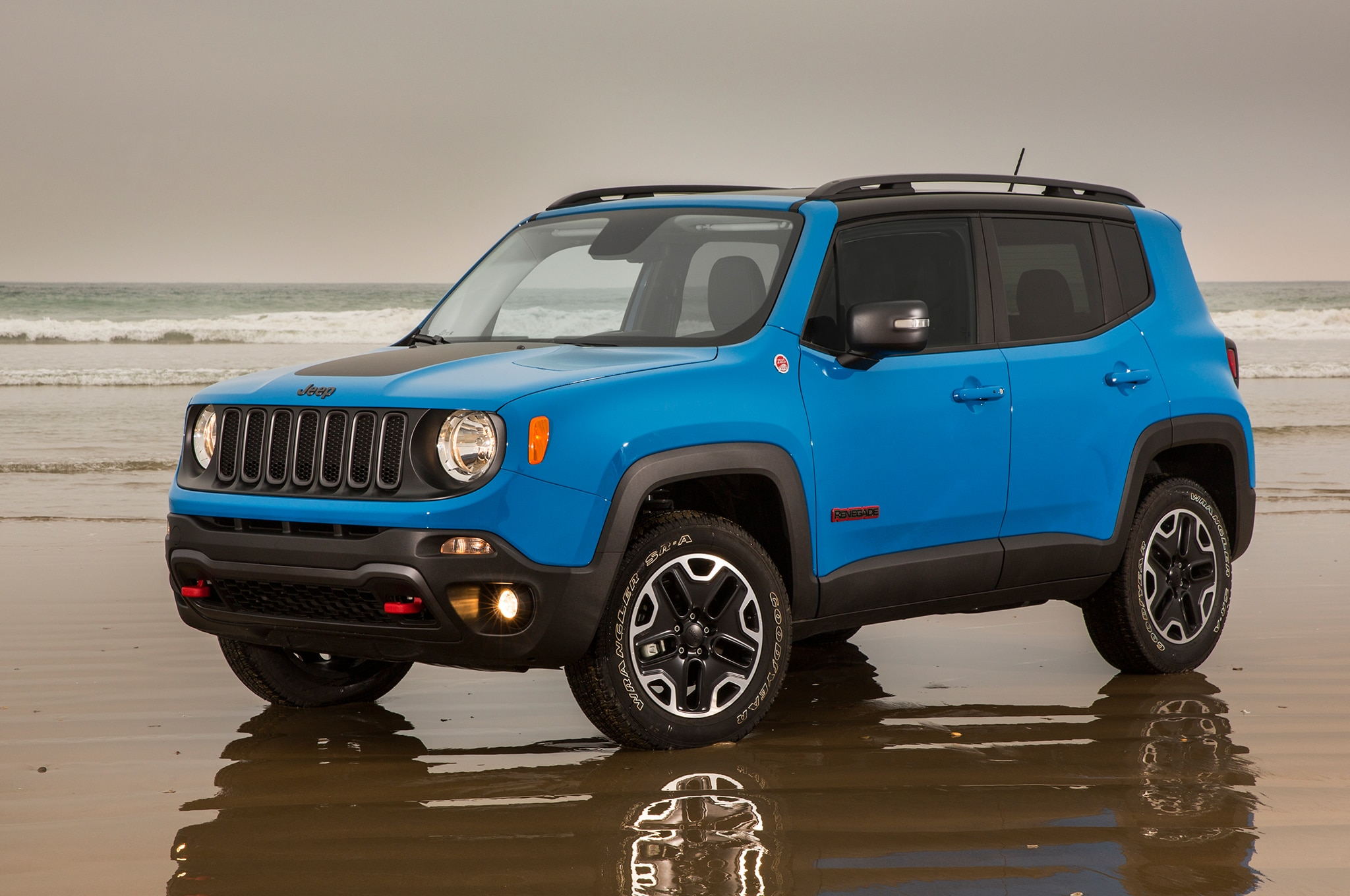 2015 jeep renegade configurator goes live. Black Bedroom Furniture Sets. Home Design Ideas