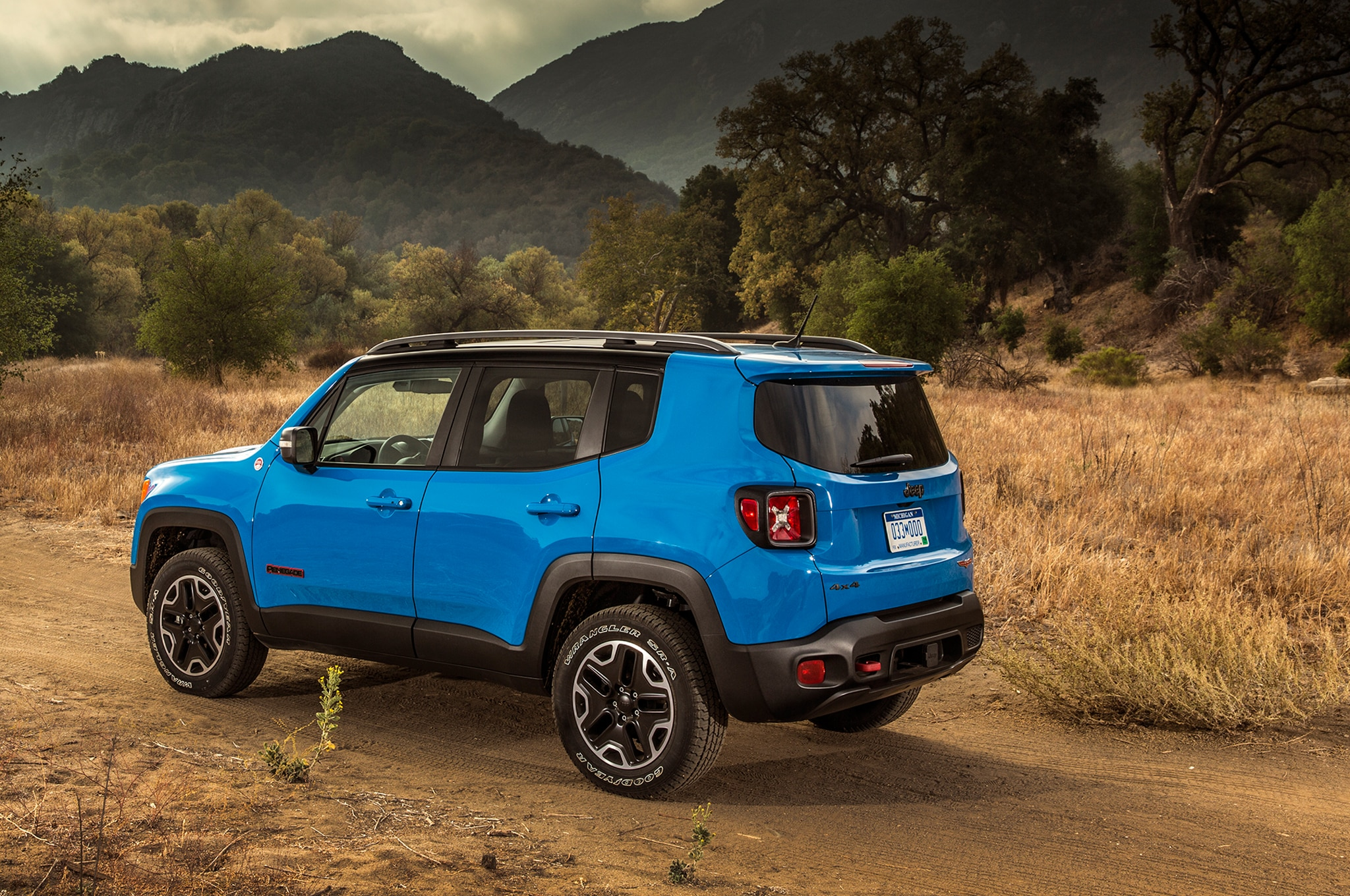 2015 jeep renegade review. Black Bedroom Furniture Sets. Home Design Ideas