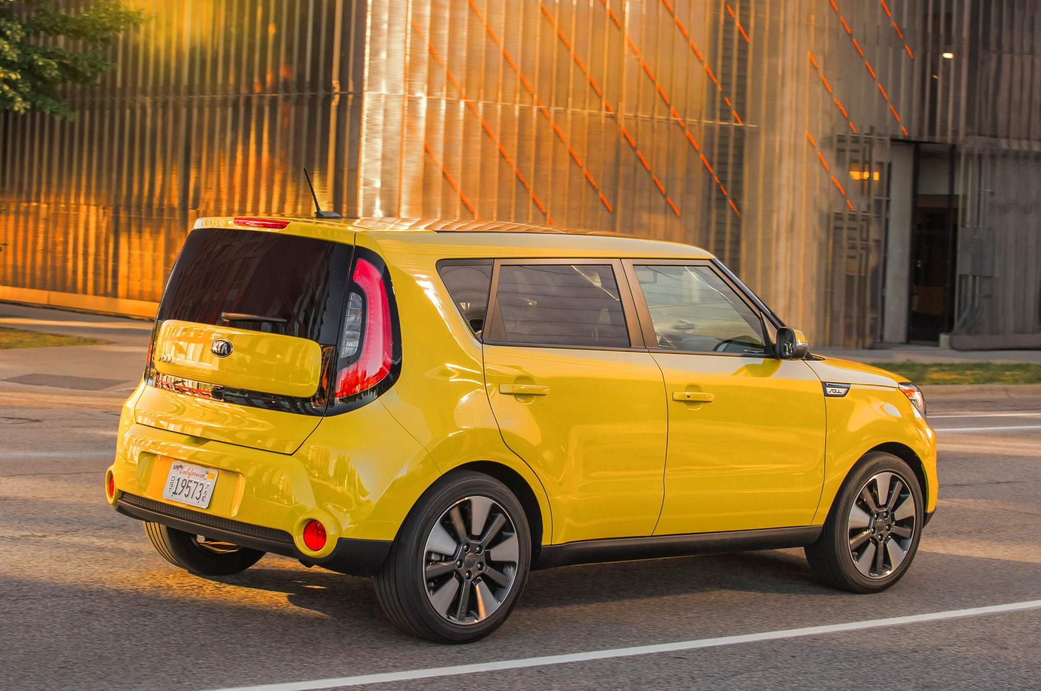 awd kia soul concept teased before chicago auto show debut. Black Bedroom Furniture Sets. Home Design Ideas