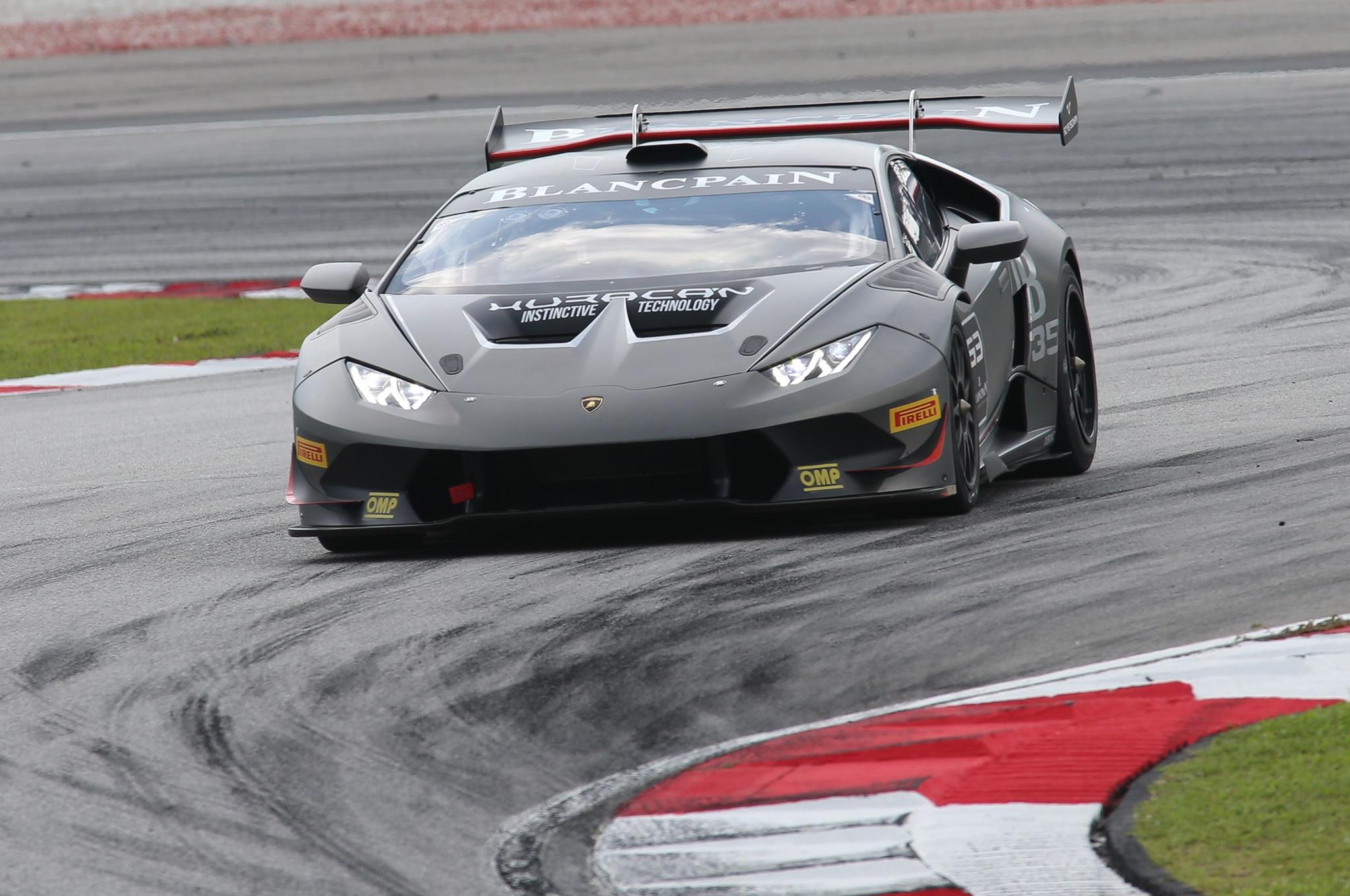 2015-Lamborghini-Huracan-LP-620-2-Super-Trofeo-front-three-quarter-in-motion-11 Gorgeous Lamborghini Huracan Lp620-2 Super Trofeo top Speed Cars Trend