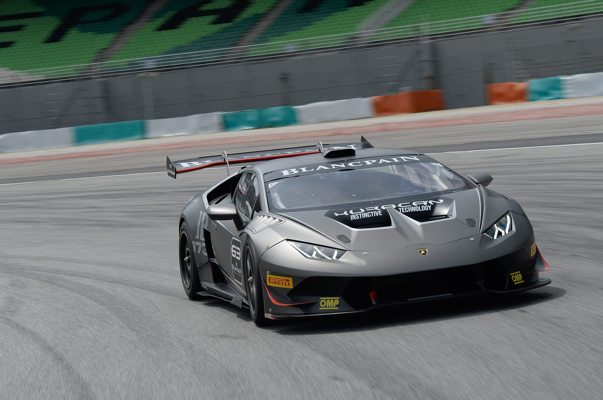 2015-Lamborghini-Huracan-LP-620-2-Super-Trofeo-front-three-quarter-in-motion-9 Stunning Lamborghini Huracan Price Real Racing 3 Cars Trend