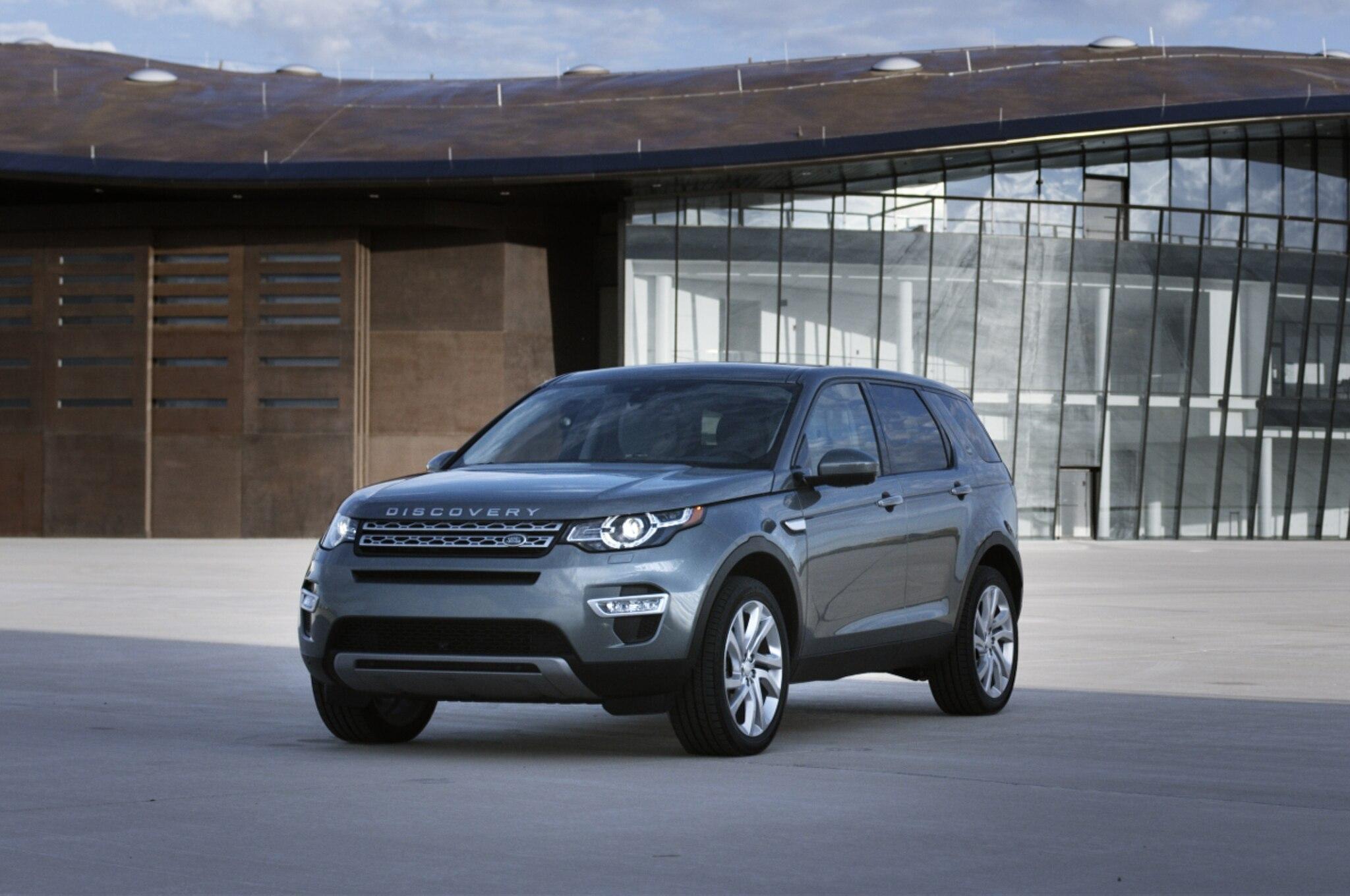 http://st.automobilemag.com/uploads/sites/11/2015/01/2015-Land-Rover-Discovery-Sport-film-still-front-three-quarter.jpg