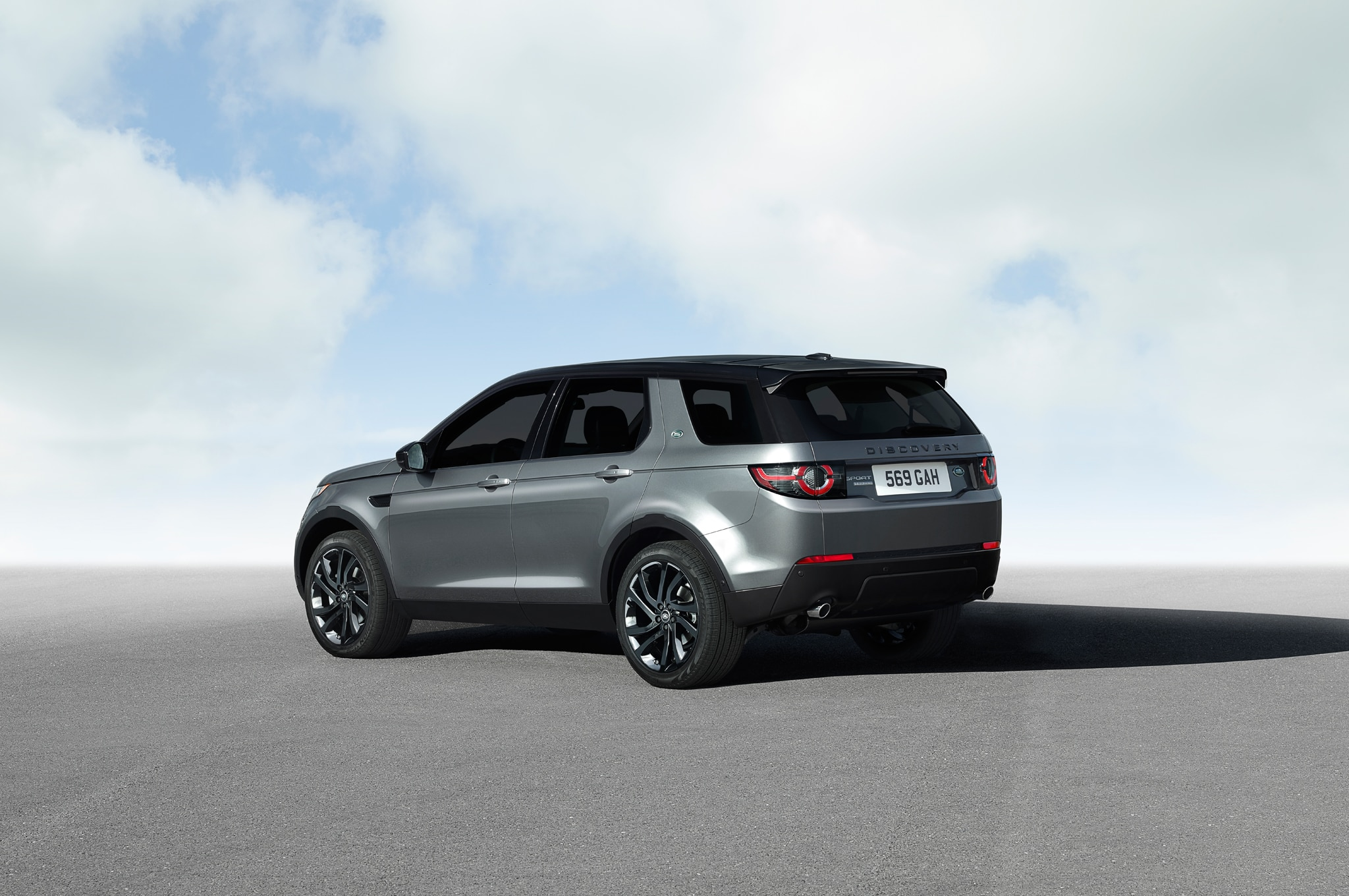 2015 land rover discovery sport pricing options confirmed. Black Bedroom Furniture Sets. Home Design Ideas