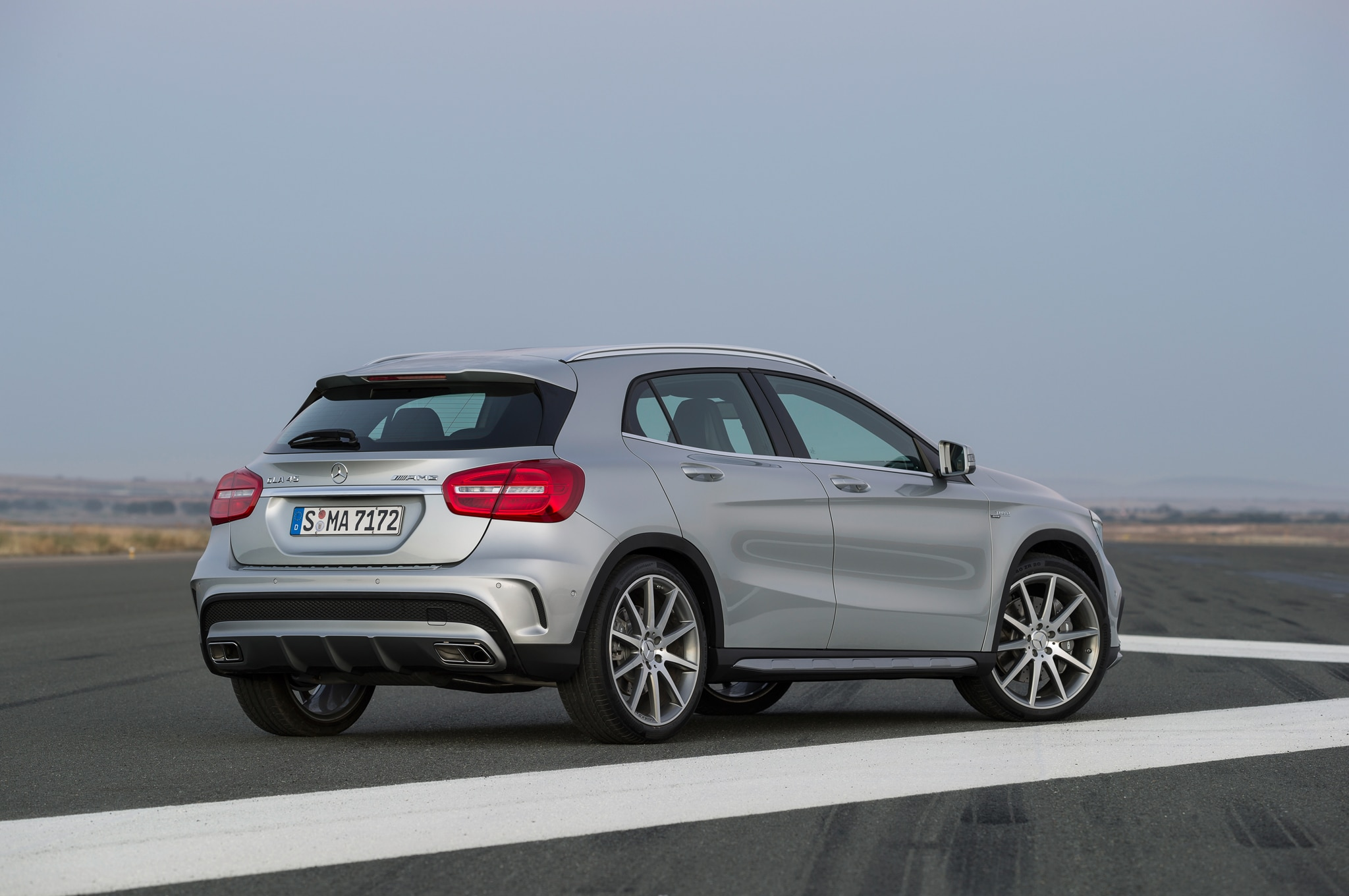 2015 mercedes benz gla45 amg around the block