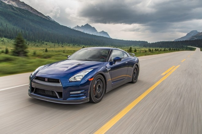 2015 Nissan GT R Black Edition In Motion 660x438