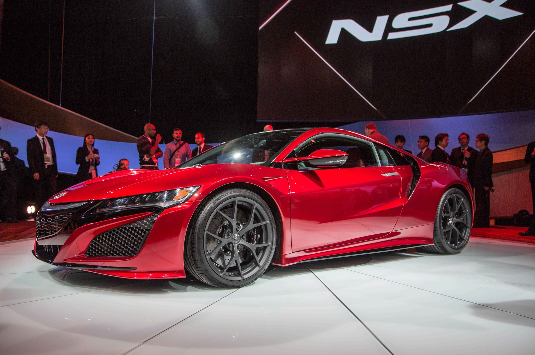 2016 acura nsx shows its fierce new 550 hp face in detroit. Black Bedroom Furniture Sets. Home Design Ideas