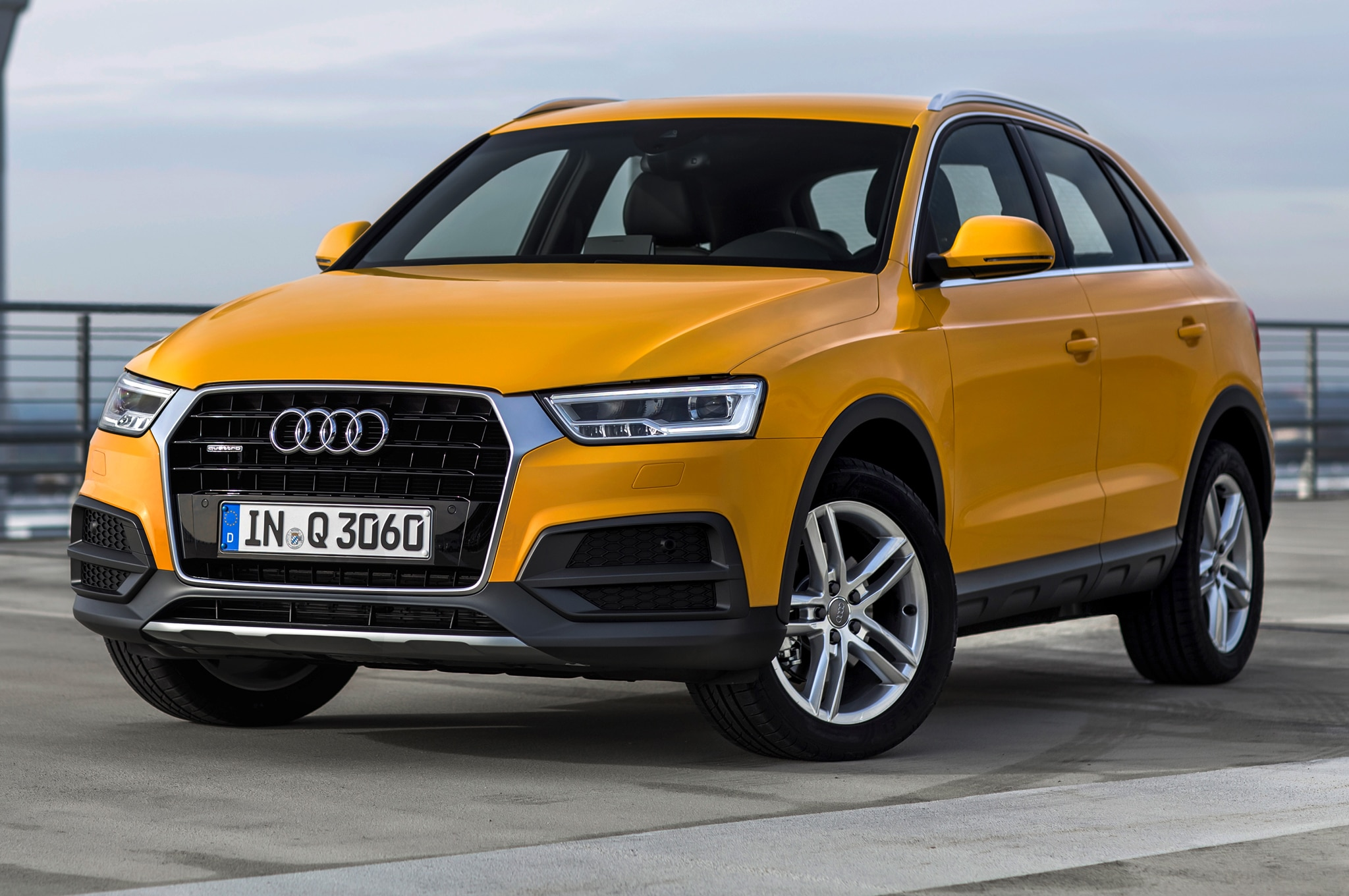 2016 audi q3 refresh debuts at detroit auto show. Black Bedroom Furniture Sets. Home Design Ideas