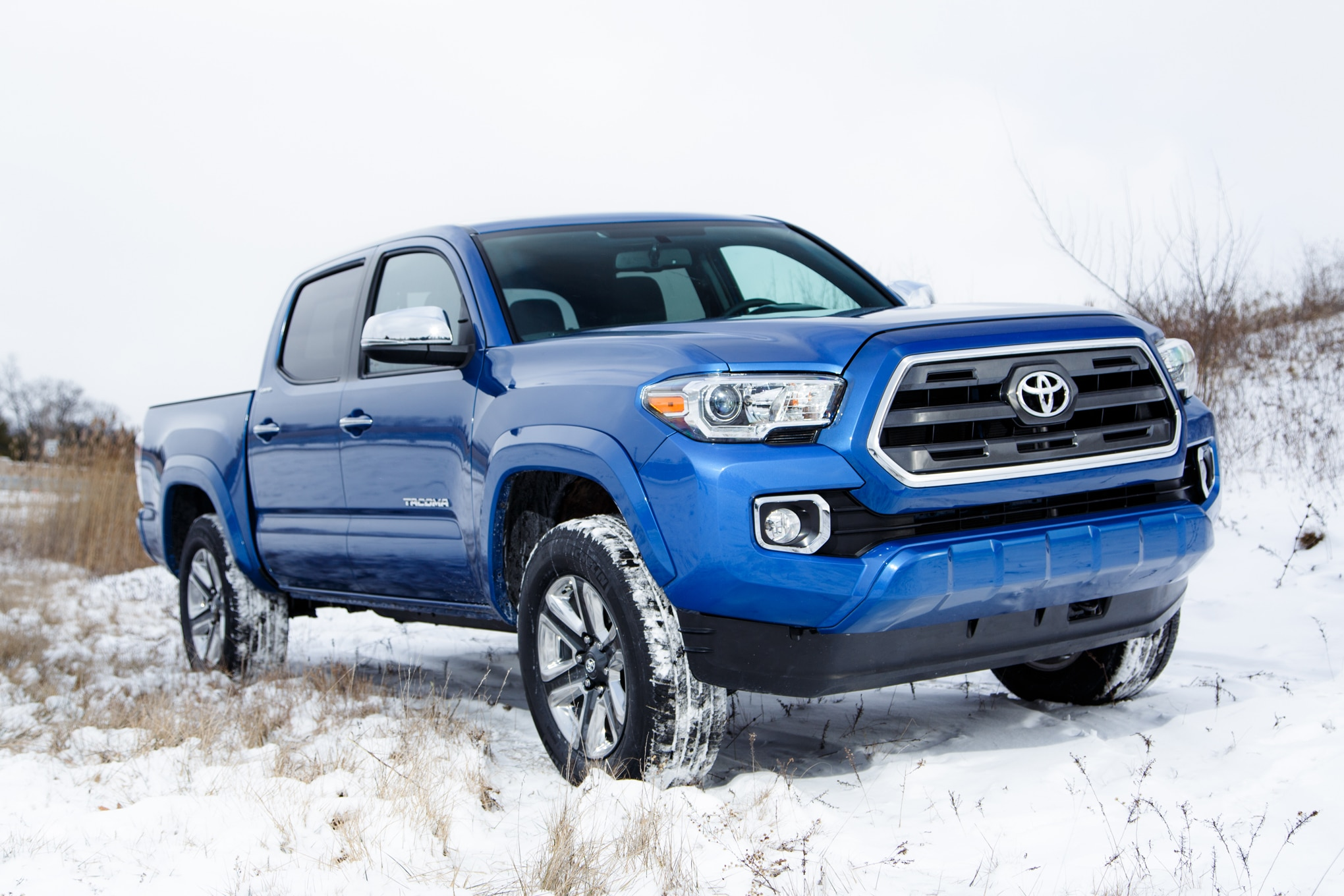2016 toyota tacoma adds new v 6 engine six speed. Black Bedroom Furniture Sets. Home Design Ideas