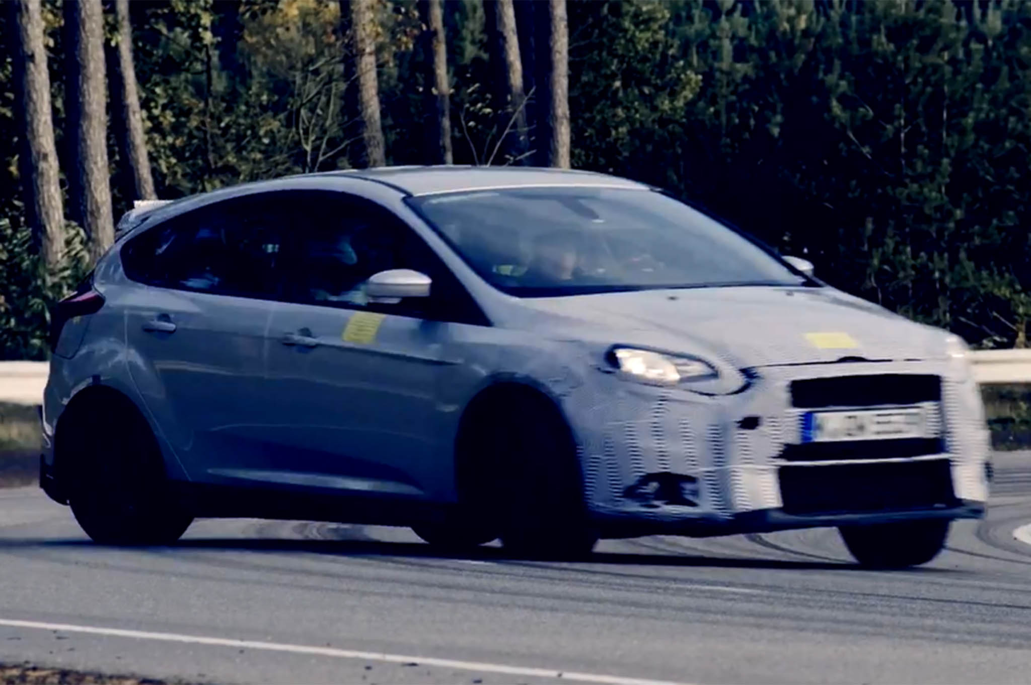 & 2016 Ford Focus RS Drifts around the Track in Teaser Video markmcfarlin.com