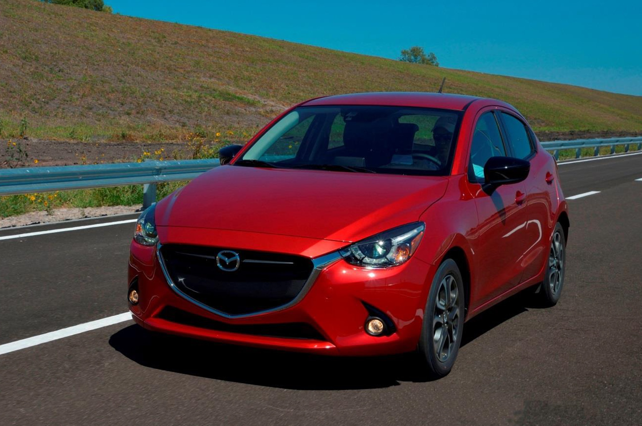 2016 mazda2 makes north american debut in canada. Black Bedroom Furniture Sets. Home Design Ideas