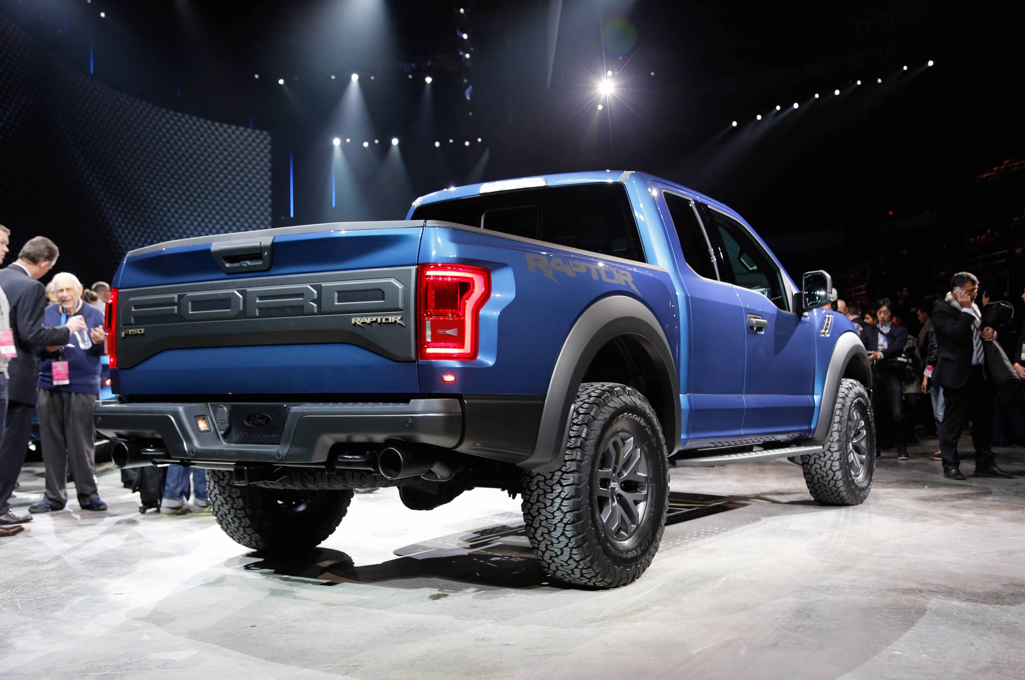 2017 Ford F150 SVT Raptor Adds 35Liter EcoBoost 10Speed Automatic
