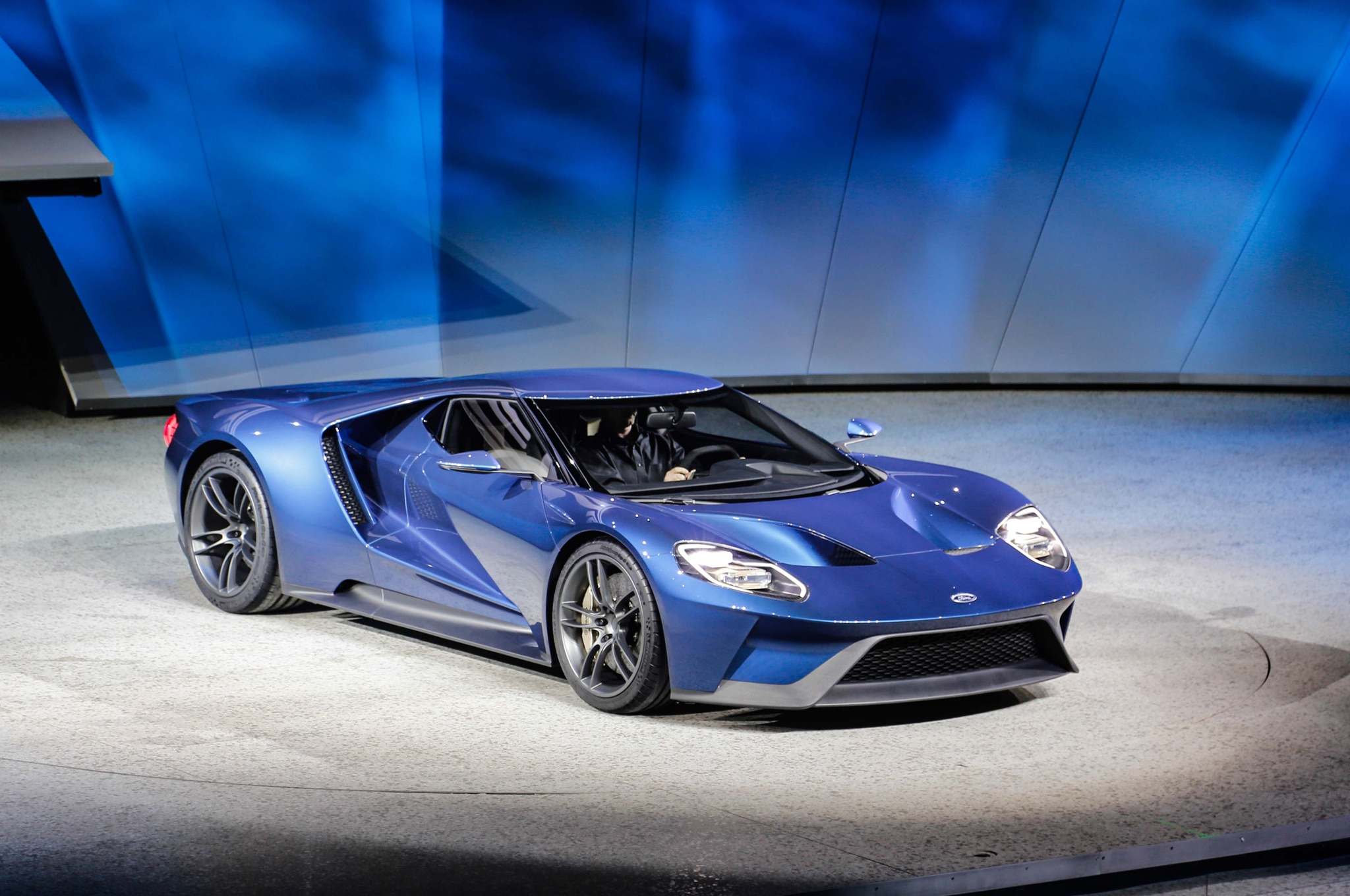 Ford Gt At Detroit Auto Show Front Three Quarter