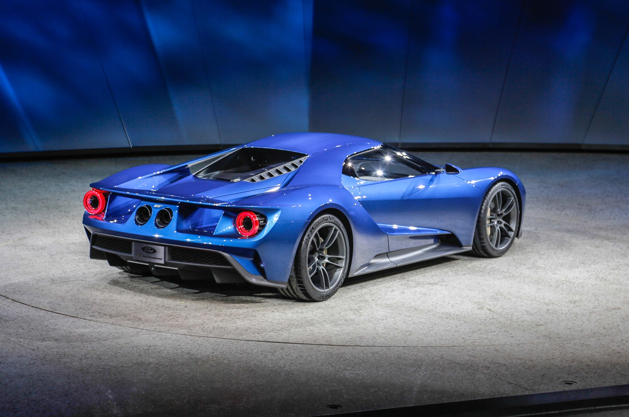 224 - 2015 Ford Gt Auto Show