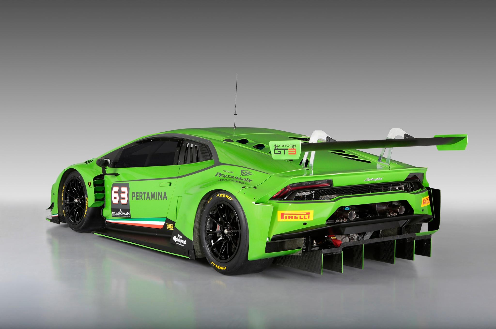 lamborghini huracan gt3 race car revealed. Black Bedroom Furniture Sets. Home Design Ideas