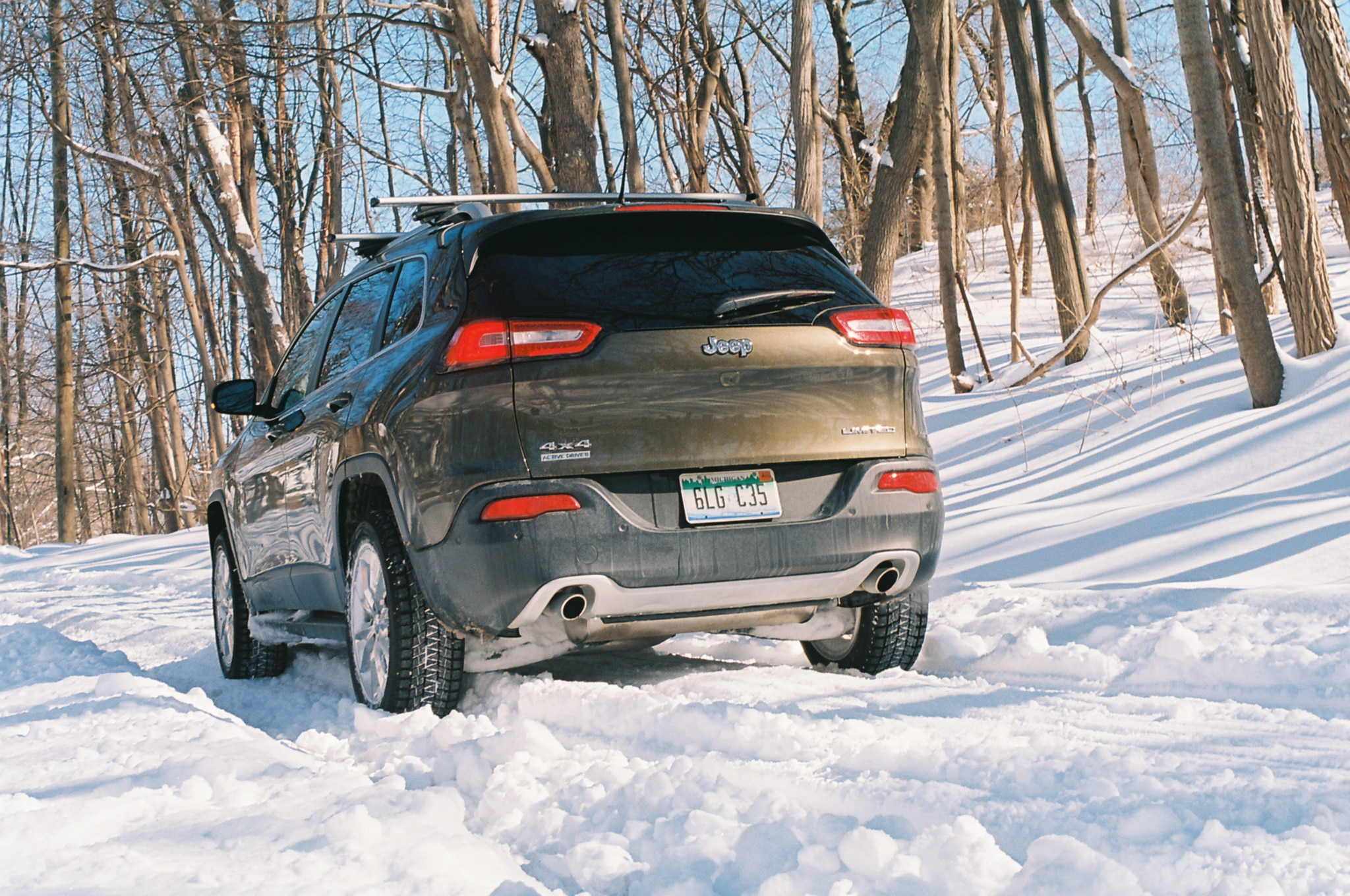 2014 Jeep Cherokee Limited Snow Day