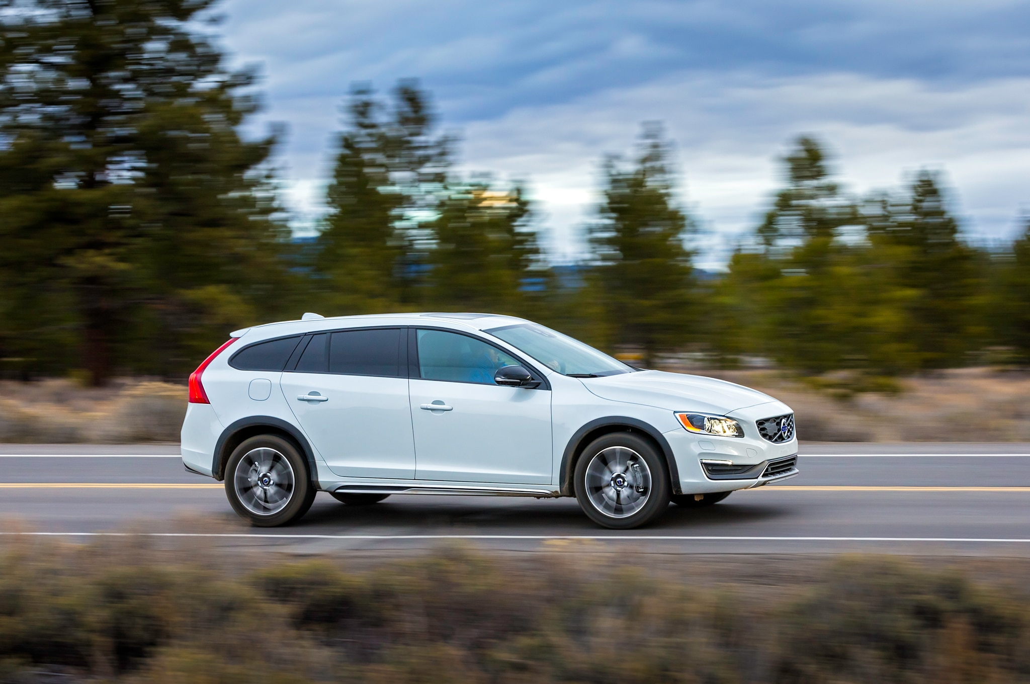 Wonderful 2015 Volvo V60 Cross Country Review