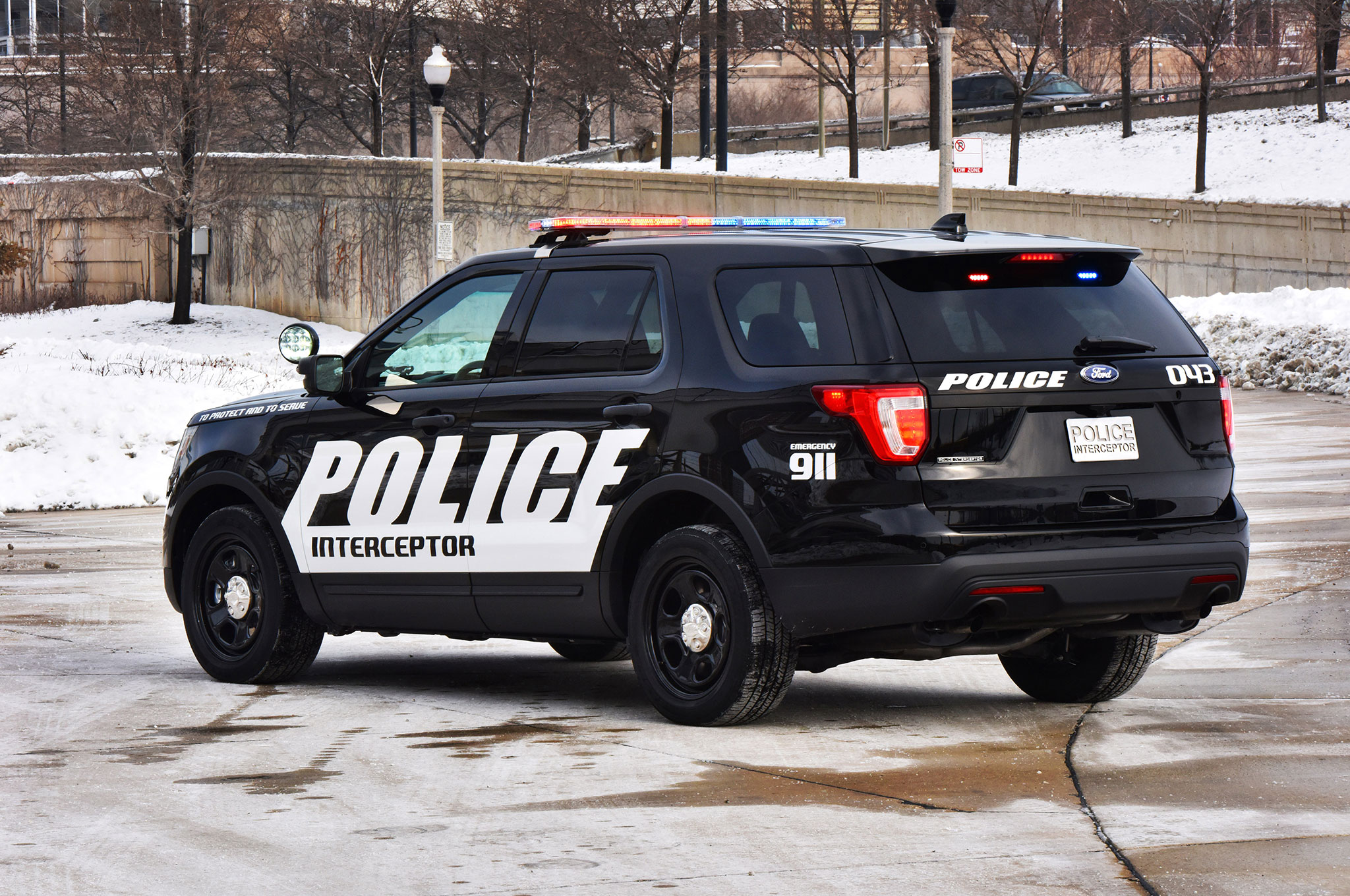 2016 ford police interceptor utility rear three quarter