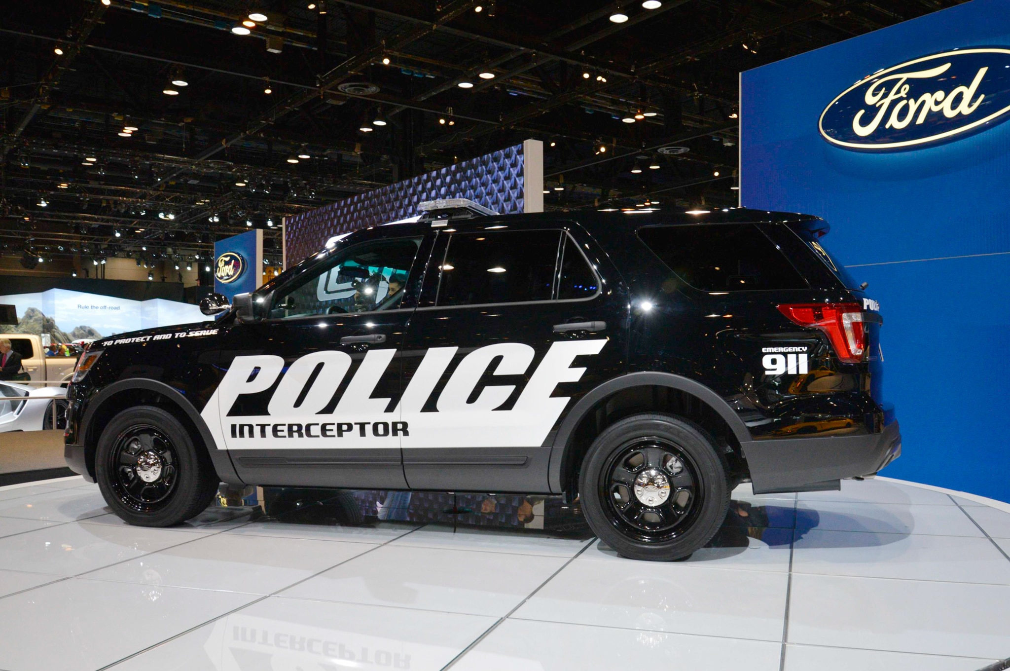 2016 ford police interceptor rear three quarter