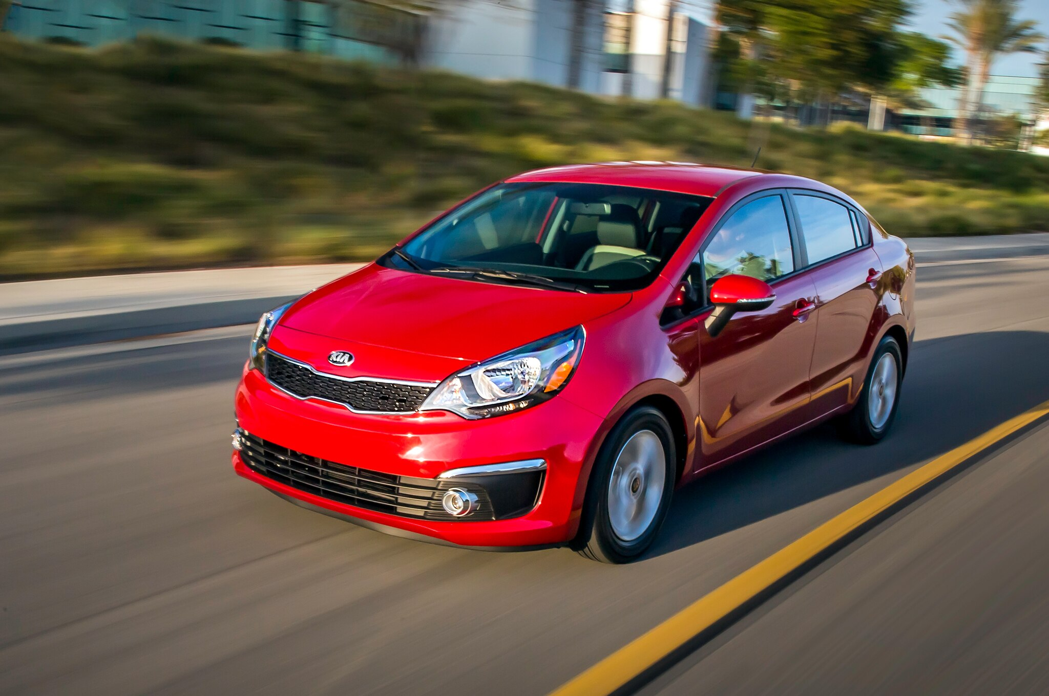2016 kia rio sedan and hatchback refreshed for chicago show. Black Bedroom Furniture Sets. Home Design Ideas