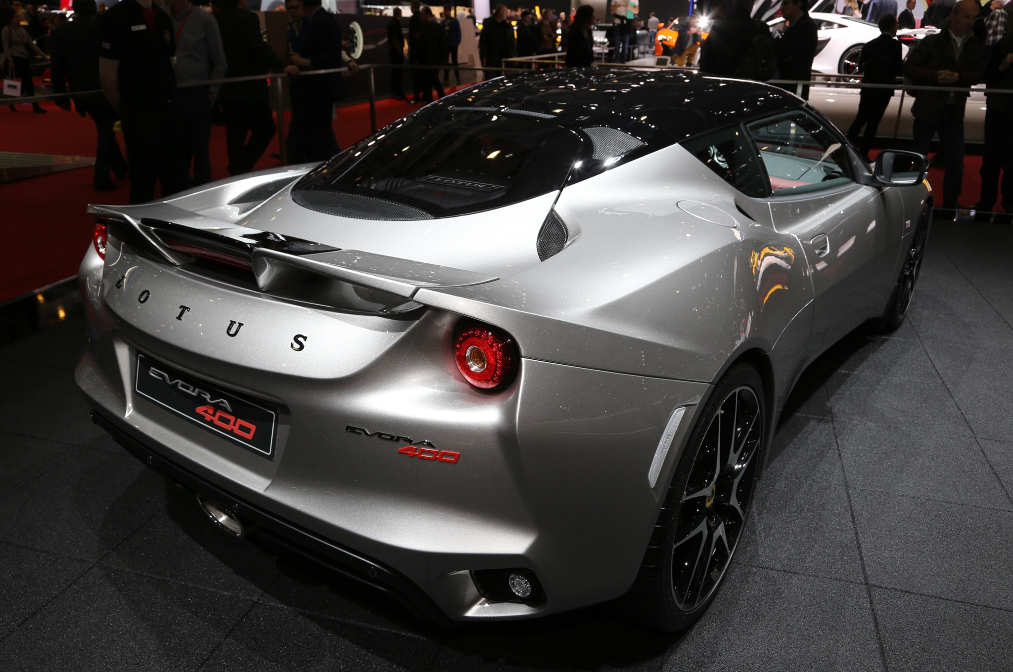 2016 lotus evora 400 bows in geneva. Black Bedroom Furniture Sets. Home Design Ideas
