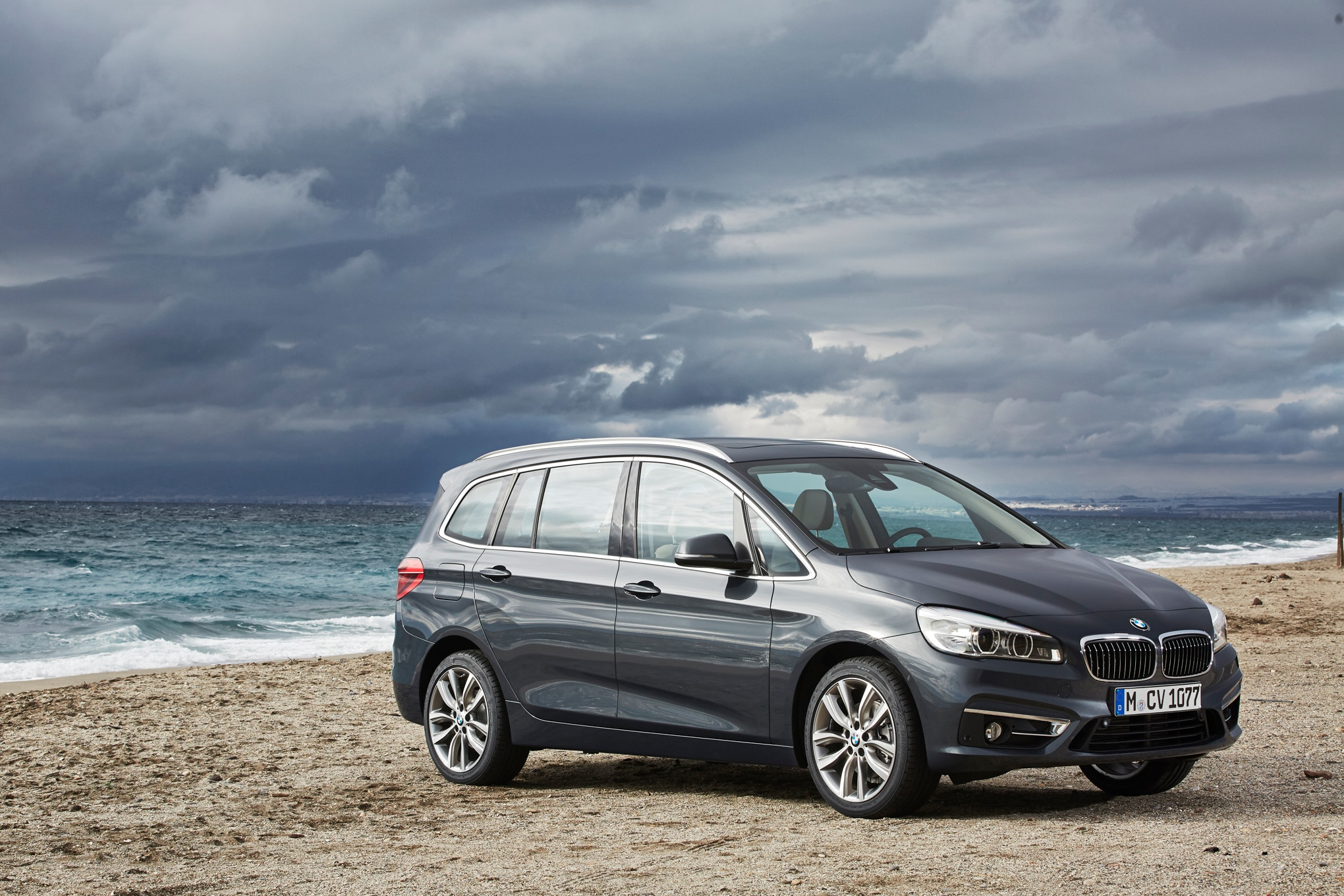 Bmw 220i gran tourer m sport package 2015 wallpapers and hd images - European