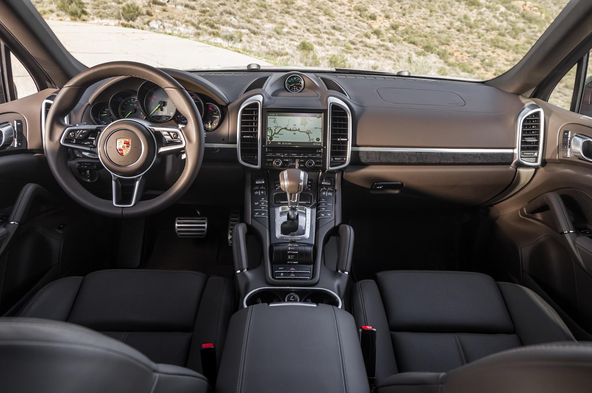 2015 porsche cayenne s e hybrid cockpit - Porsche 2015 Interior
