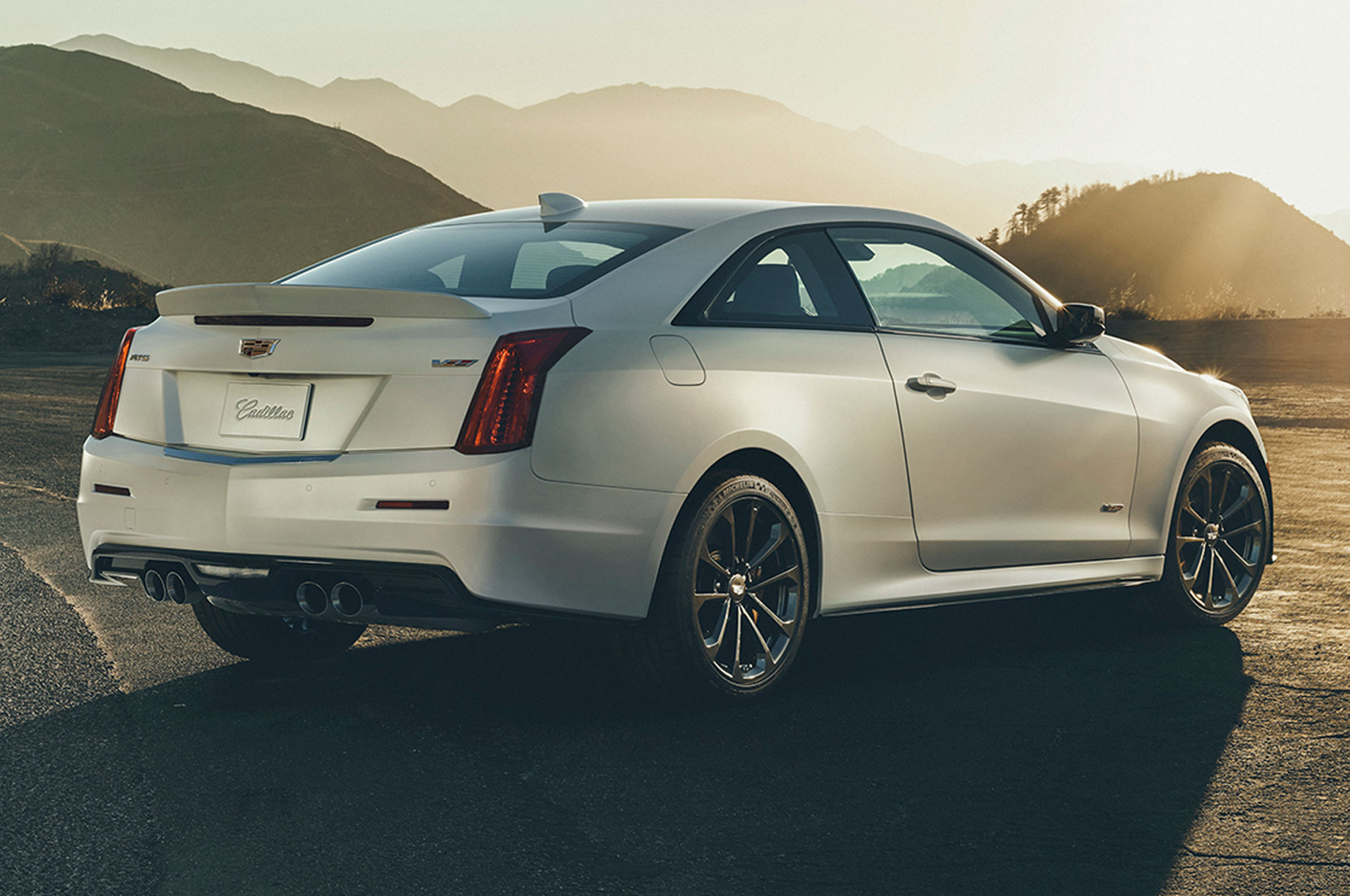 2016 cadillac ats v horsepower sae rated at 464 hp. Black Bedroom Furniture Sets. Home Design Ideas