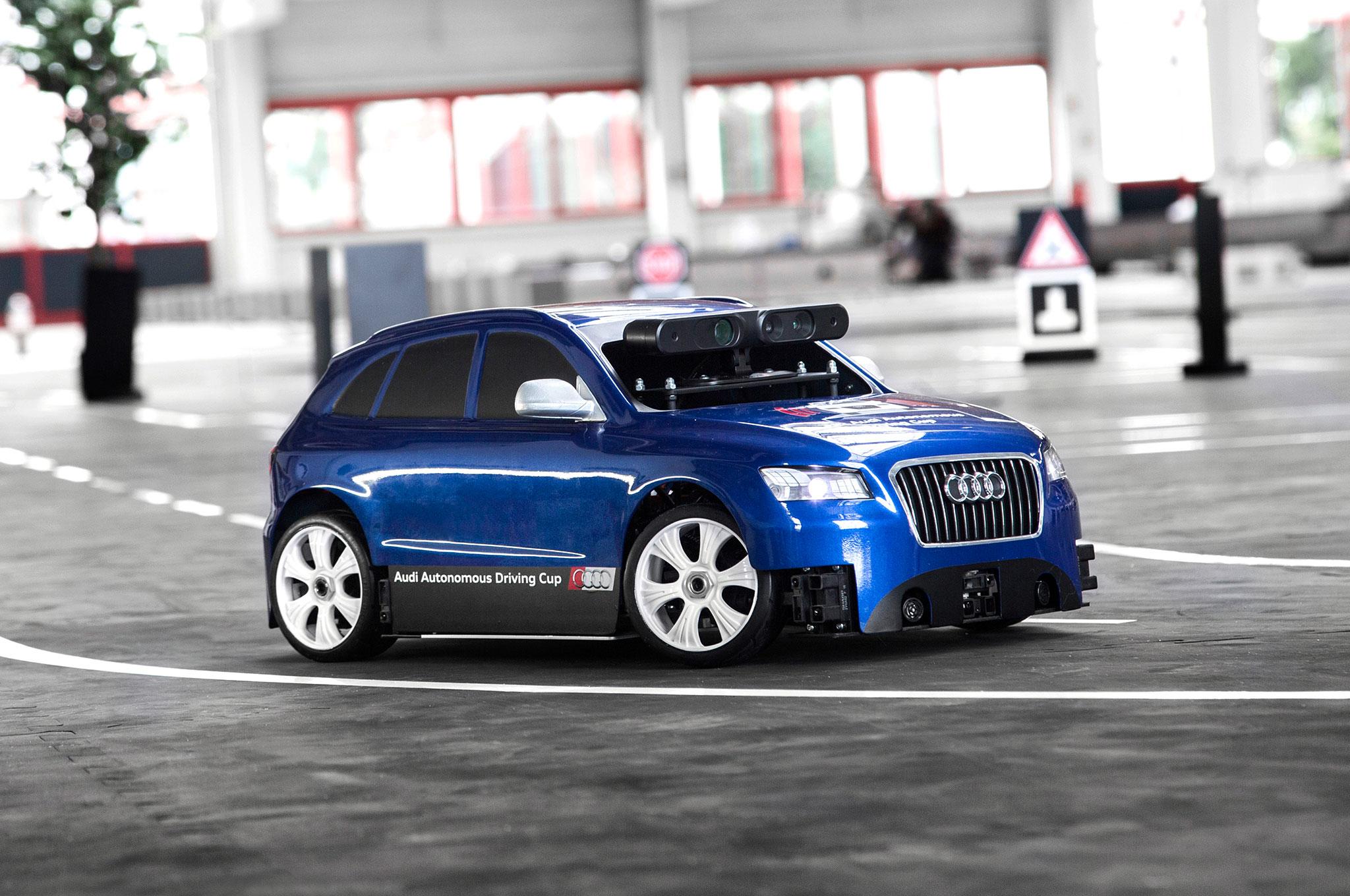 audi invites students to develop software for autonomous q5 model cars. Black Bedroom Furniture Sets. Home Design Ideas