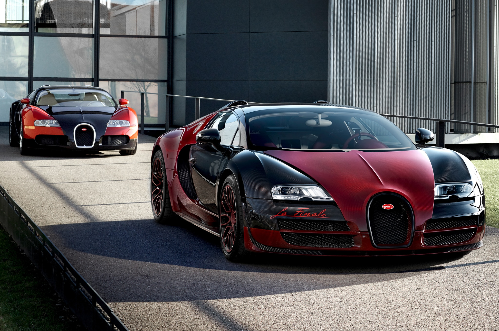 bugatti bids farewell to veyron with one off la finale edition. Black Bedroom Furniture Sets. Home Design Ideas