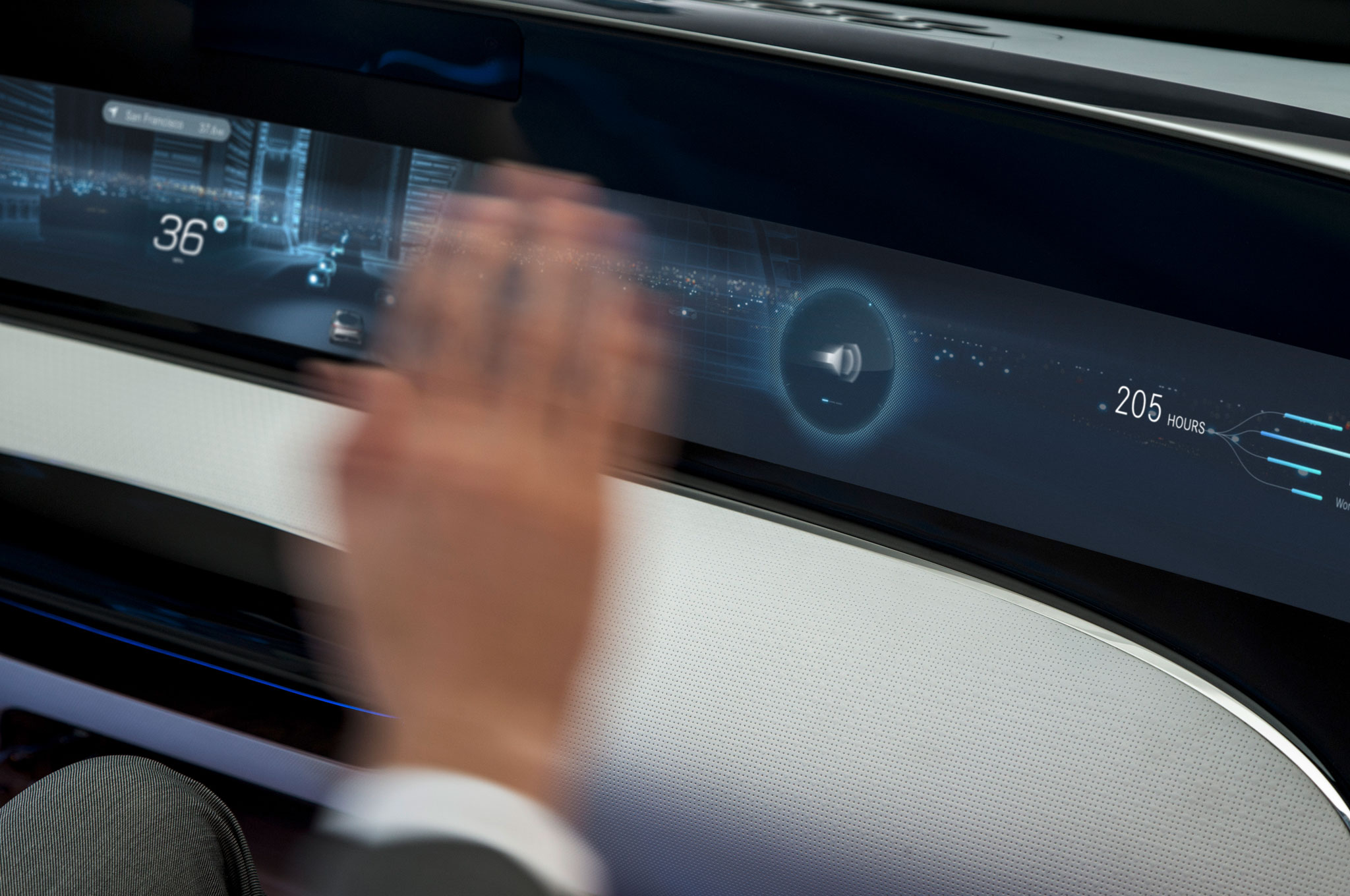 Riding in the Mercedes-Benz F 015 Luxury in Motion Concept ... | {Auto cockpit mercedes 76}