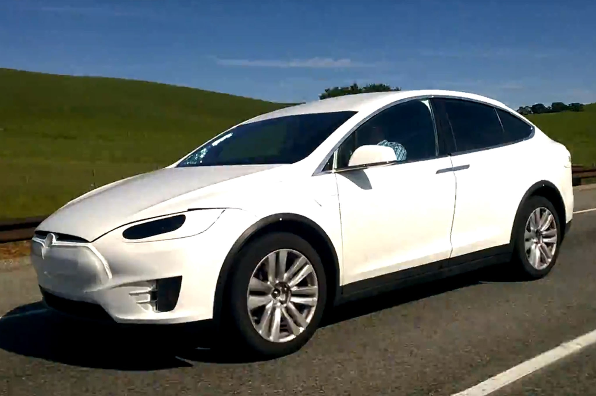 tesla model x crossover spotted testing in california. Black Bedroom Furniture Sets. Home Design Ideas
