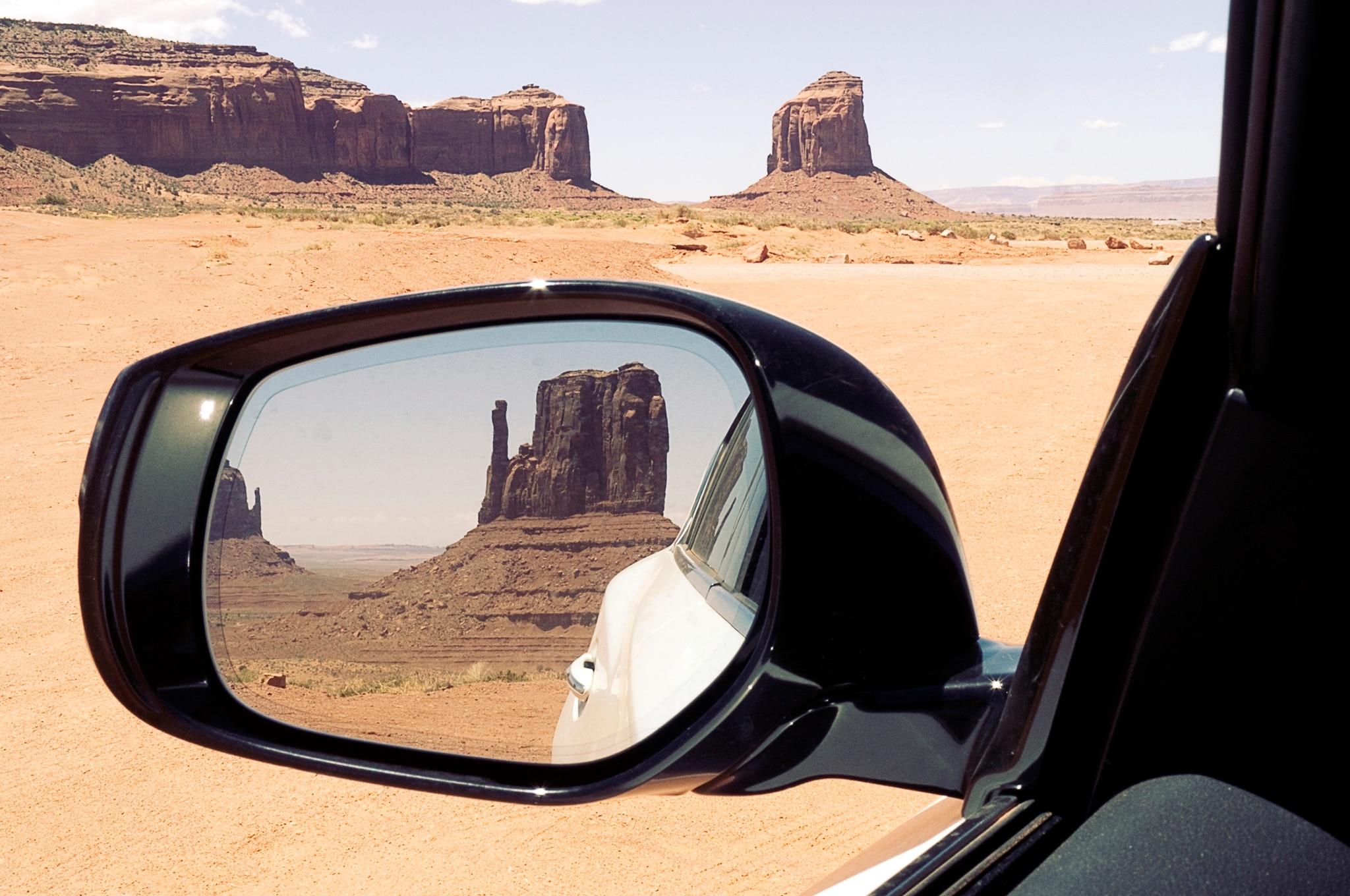 2014 infiniti q50 side mirror reflection 2014 infiniti q50 3 7 awd premium four seasons wrap up Infiniti QX50 at sewacar.co