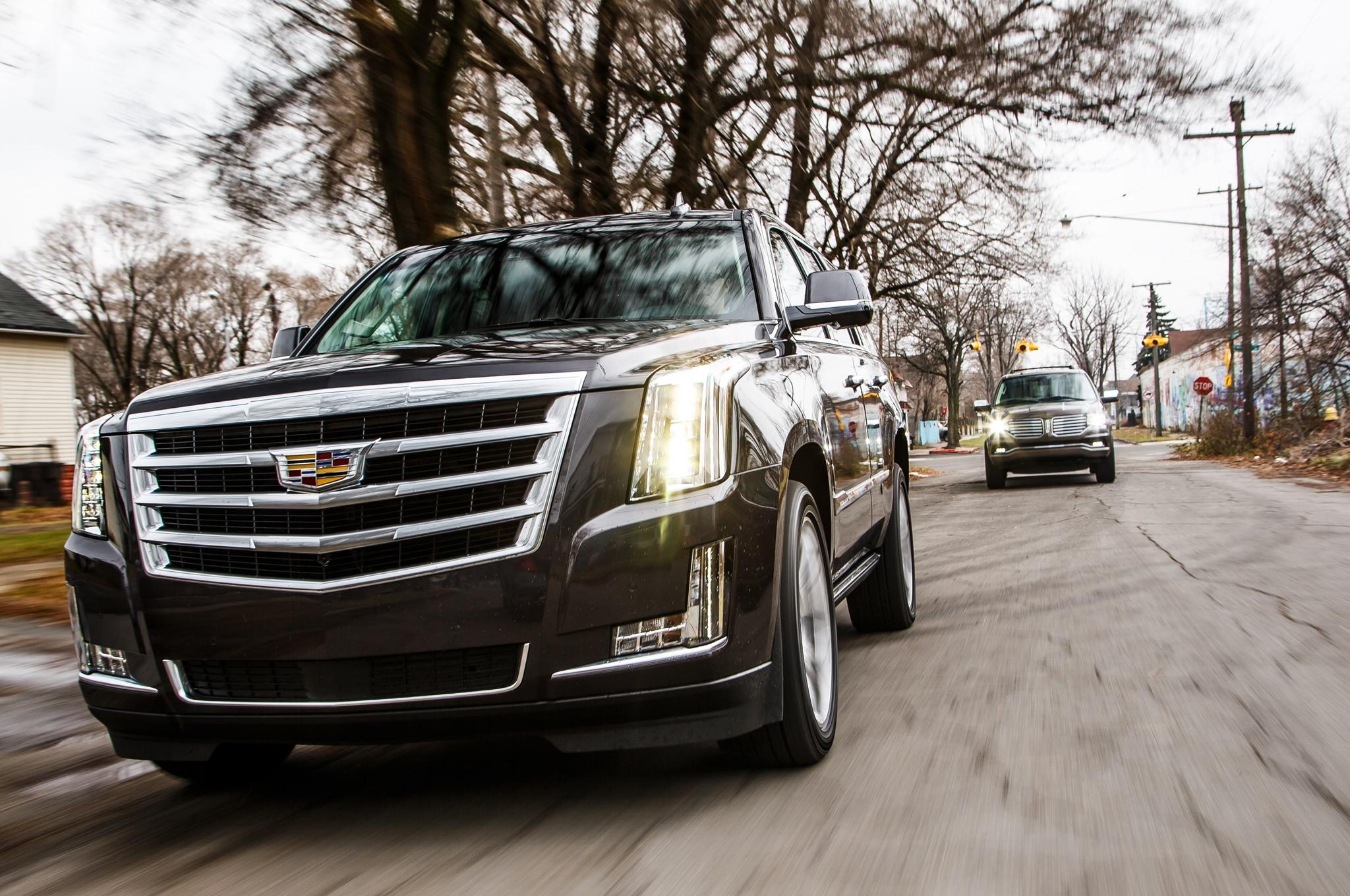 2015 Cadillac Escalade vs 2015 Lincoln Navigator Comparison