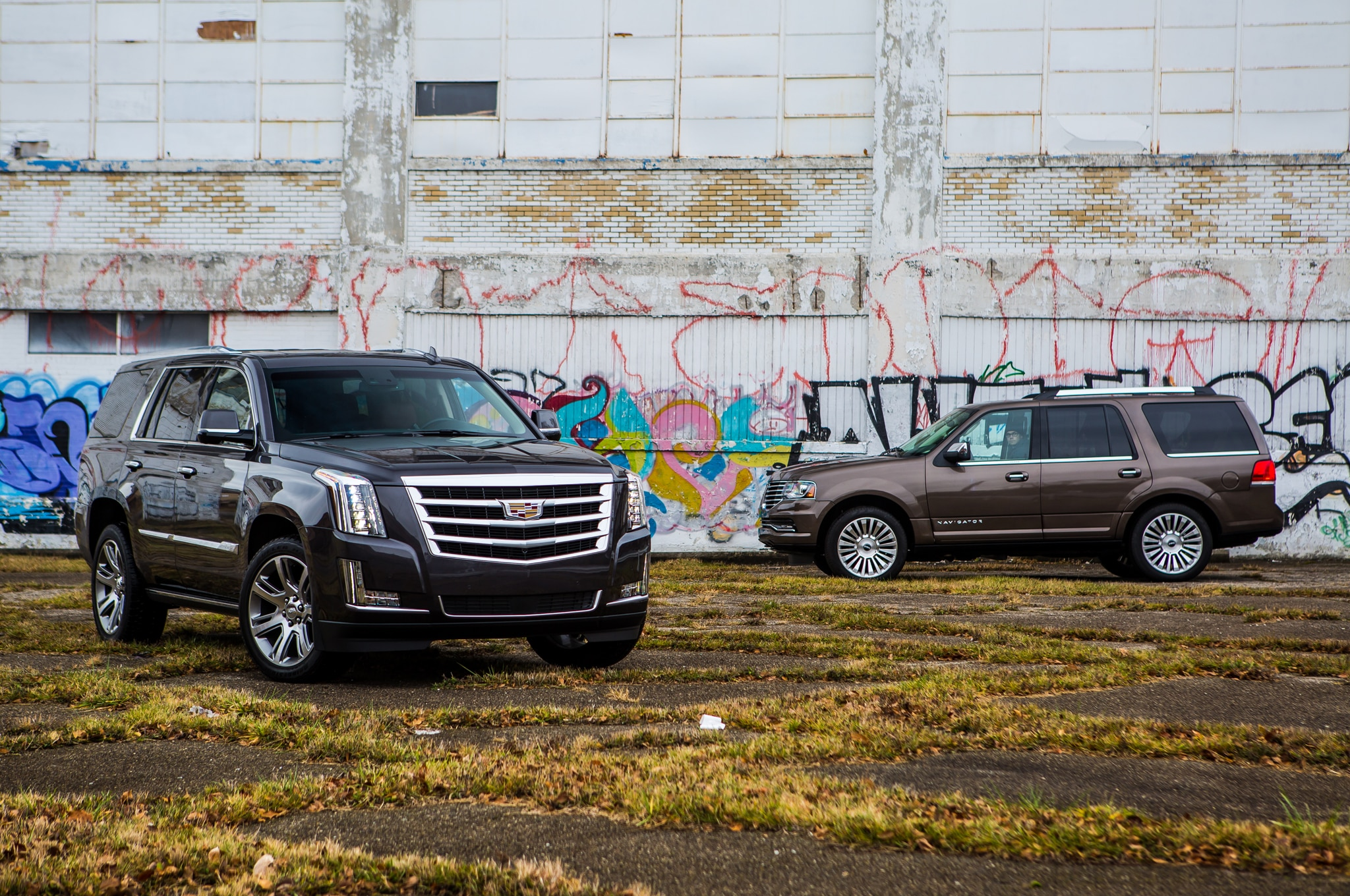 for htm truck near used sale stock chicago l cadillac luxury c il escalade