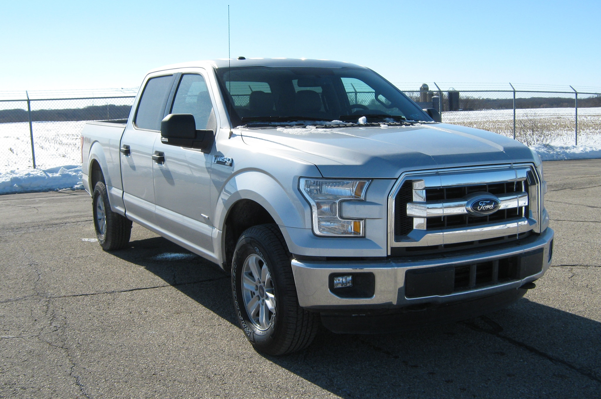 nhtsa rates 2015 ford f 150 supercrew 5 stars. Black Bedroom Furniture Sets. Home Design Ideas