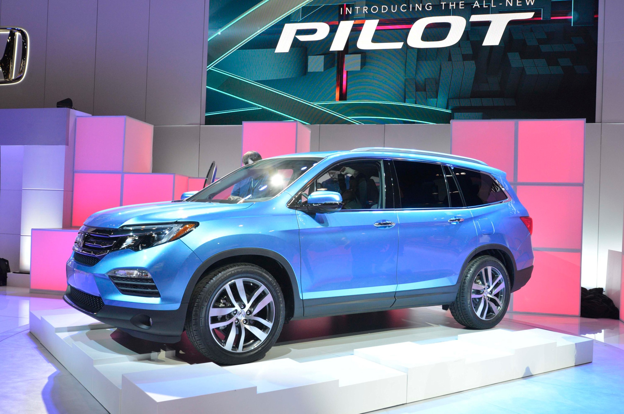 2016 honda pilot powertrains trim levels detailed. Black Bedroom Furniture Sets. Home Design Ideas