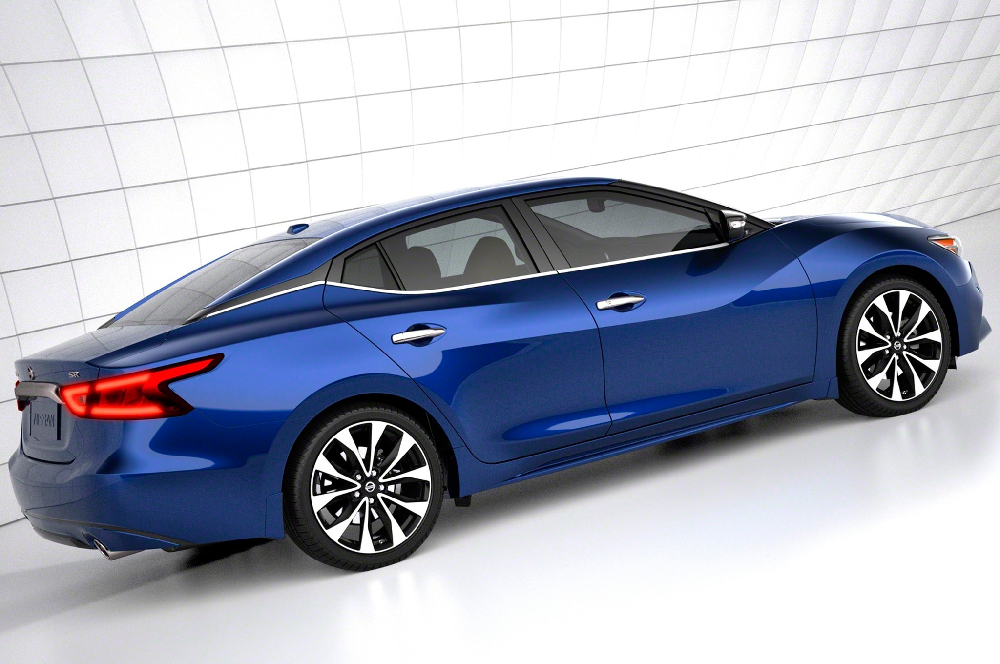 2016 nissan maxima debuts in new york priced at 33 235. Black Bedroom Furniture Sets. Home Design Ideas