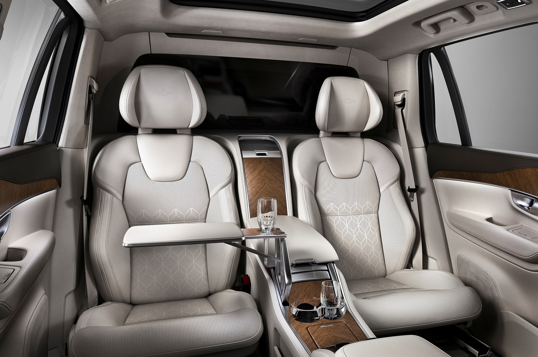 prices buy volvo specs suv and