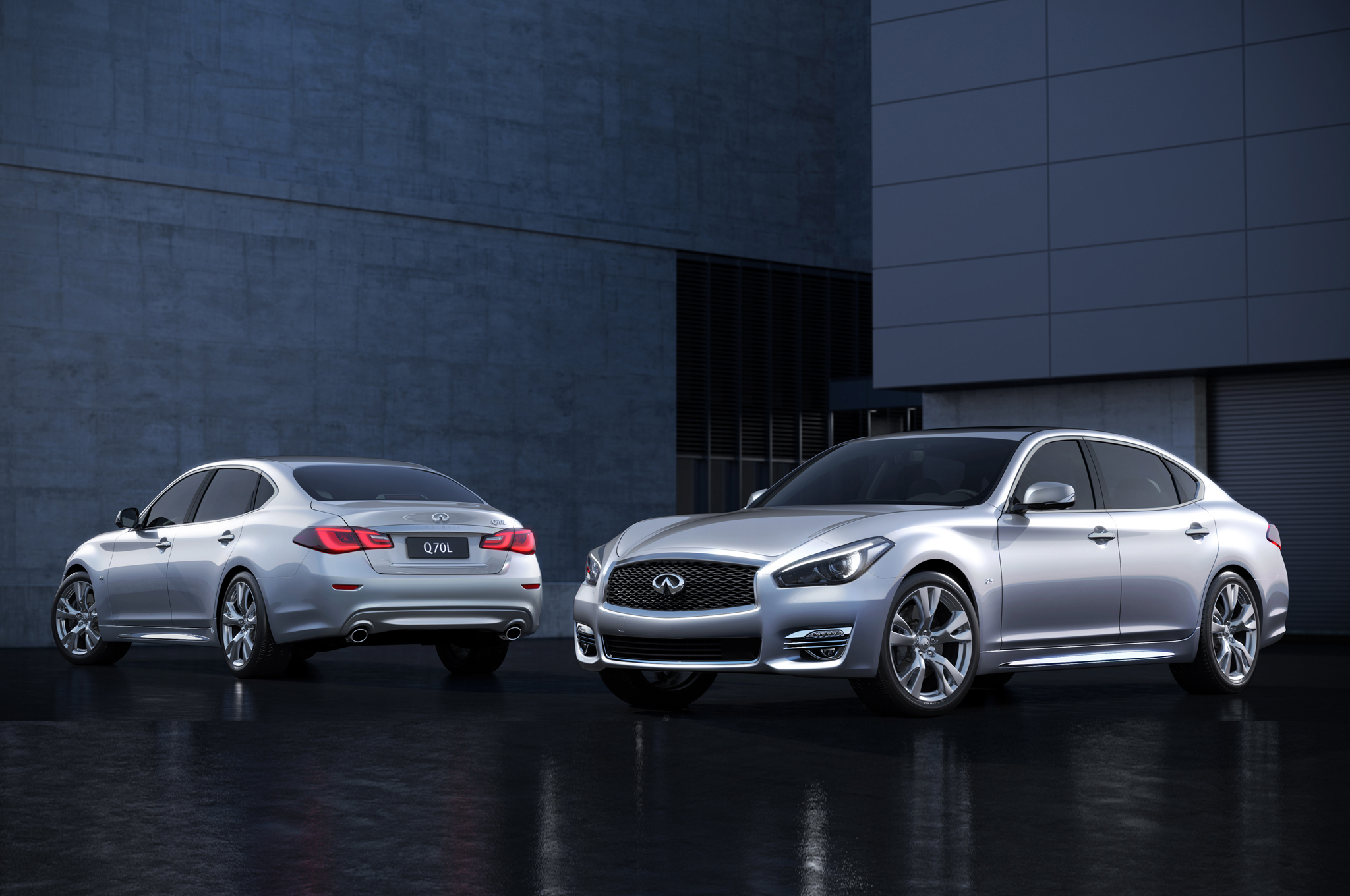 infiniti q70l bespoke edition adds quilted leather executive seating. Black Bedroom Furniture Sets. Home Design Ideas