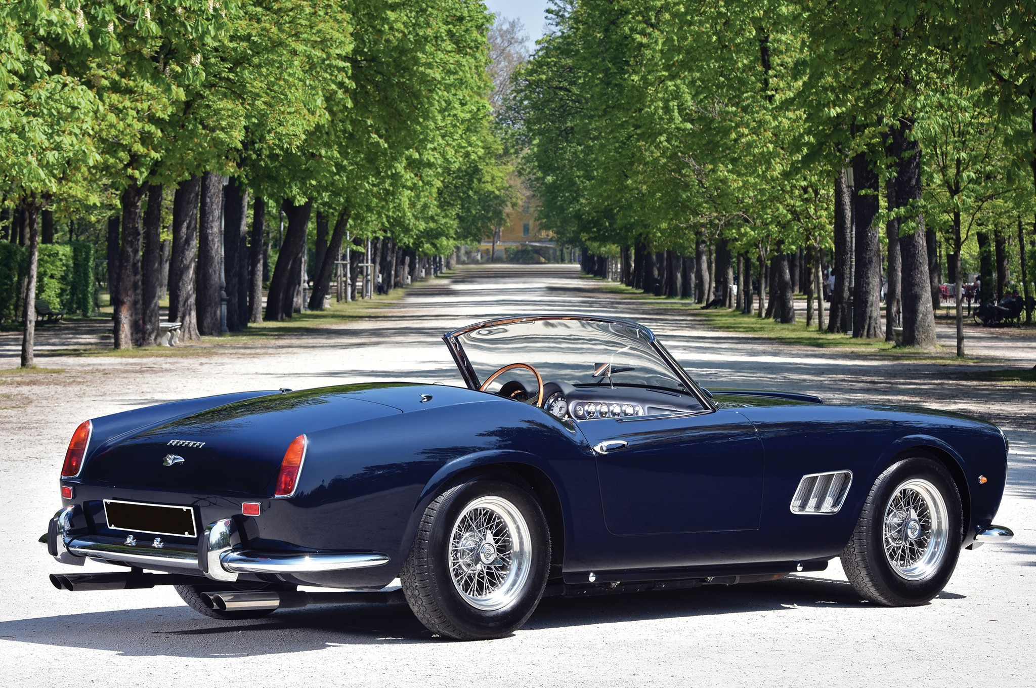 1961 ferrari 250 gt swb california spider up for grabs at villa erba. Black Bedroom Furniture Sets. Home Design Ideas