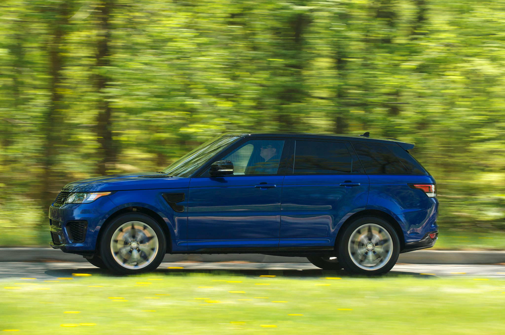 2015 land rover range rover sport svr review. Black Bedroom Furniture Sets. Home Design Ideas