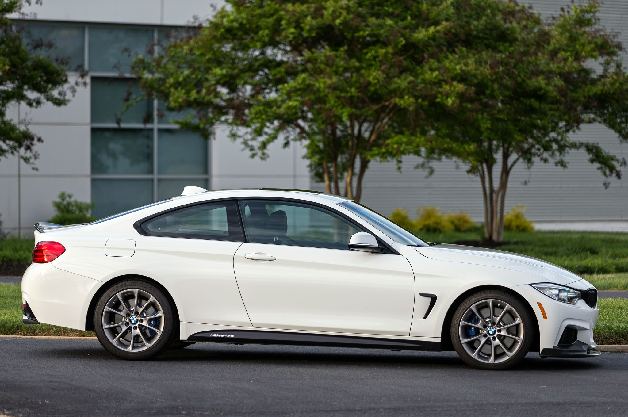 2016 bmw 435i zhp coupe edition gains 35 hp upgraded chassis. Black Bedroom Furniture Sets. Home Design Ideas