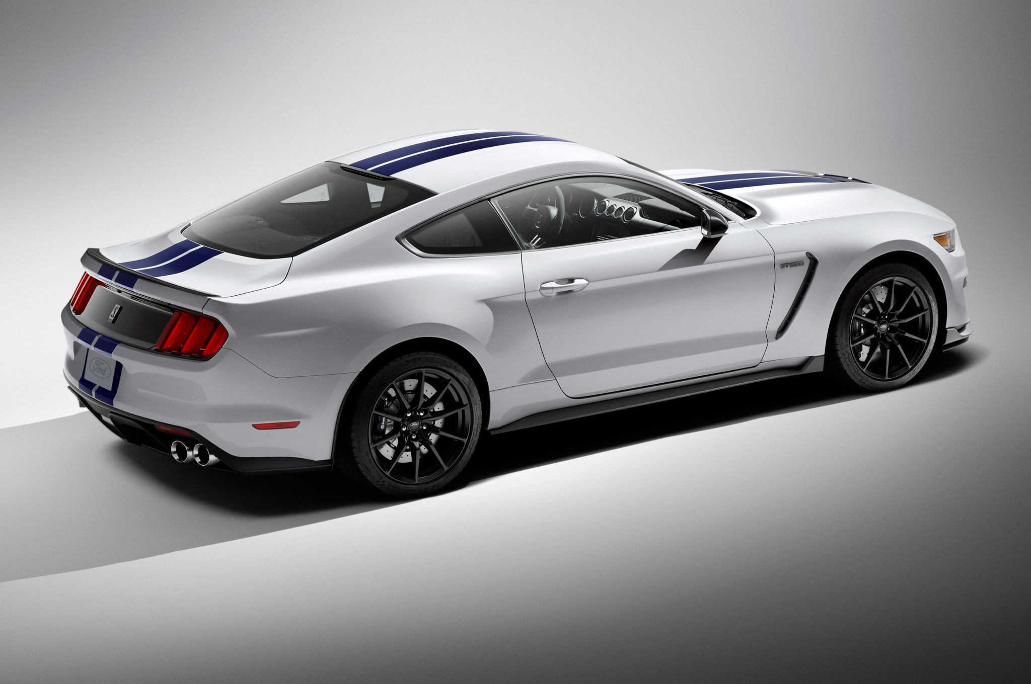 2016 Ford Shelby GT350 Mustang Chassis Detailed