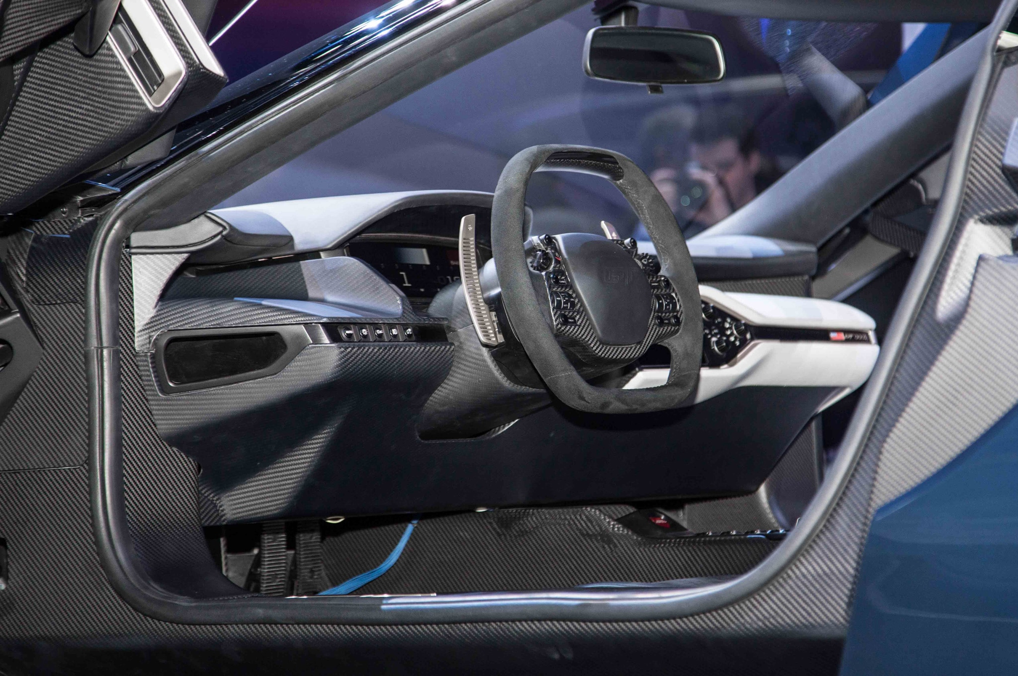 Ford gt at 2015 detroit auto show interior view
